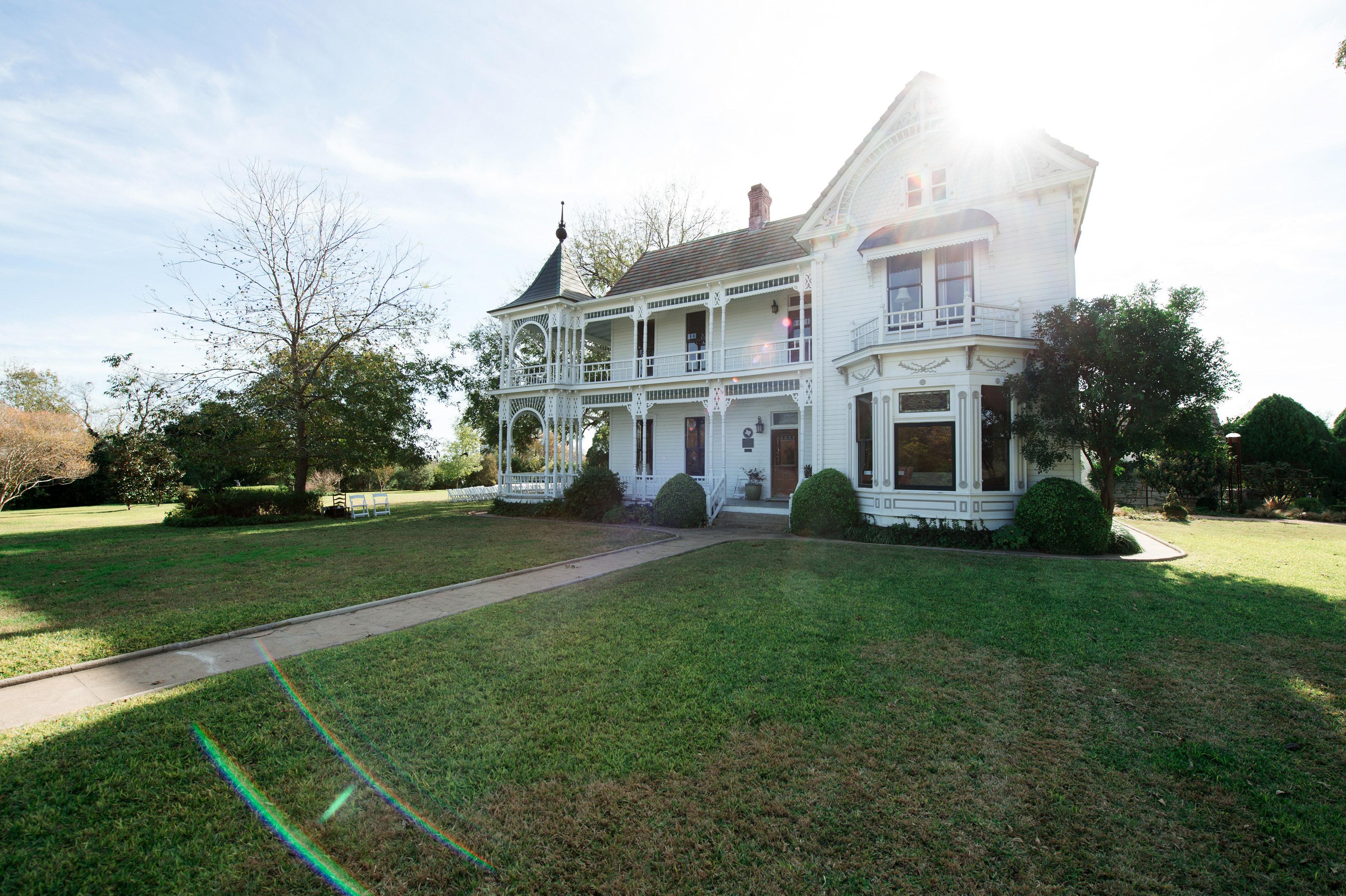 hayleigh corey wedding venue mansion
