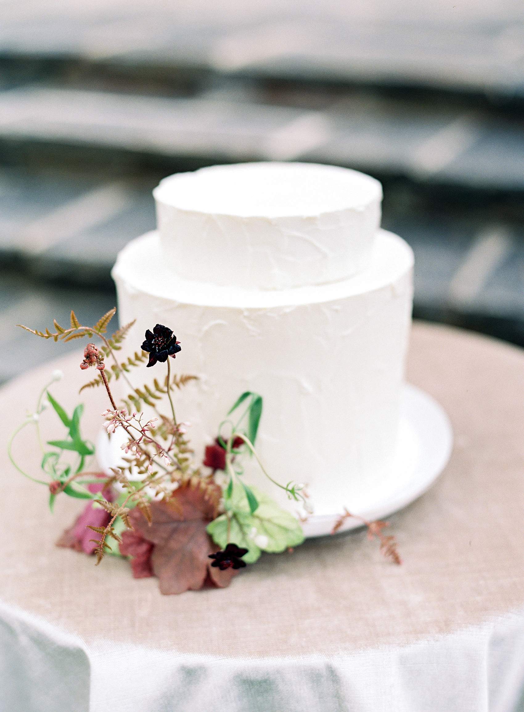 micro tier wedding cakes petite top layer