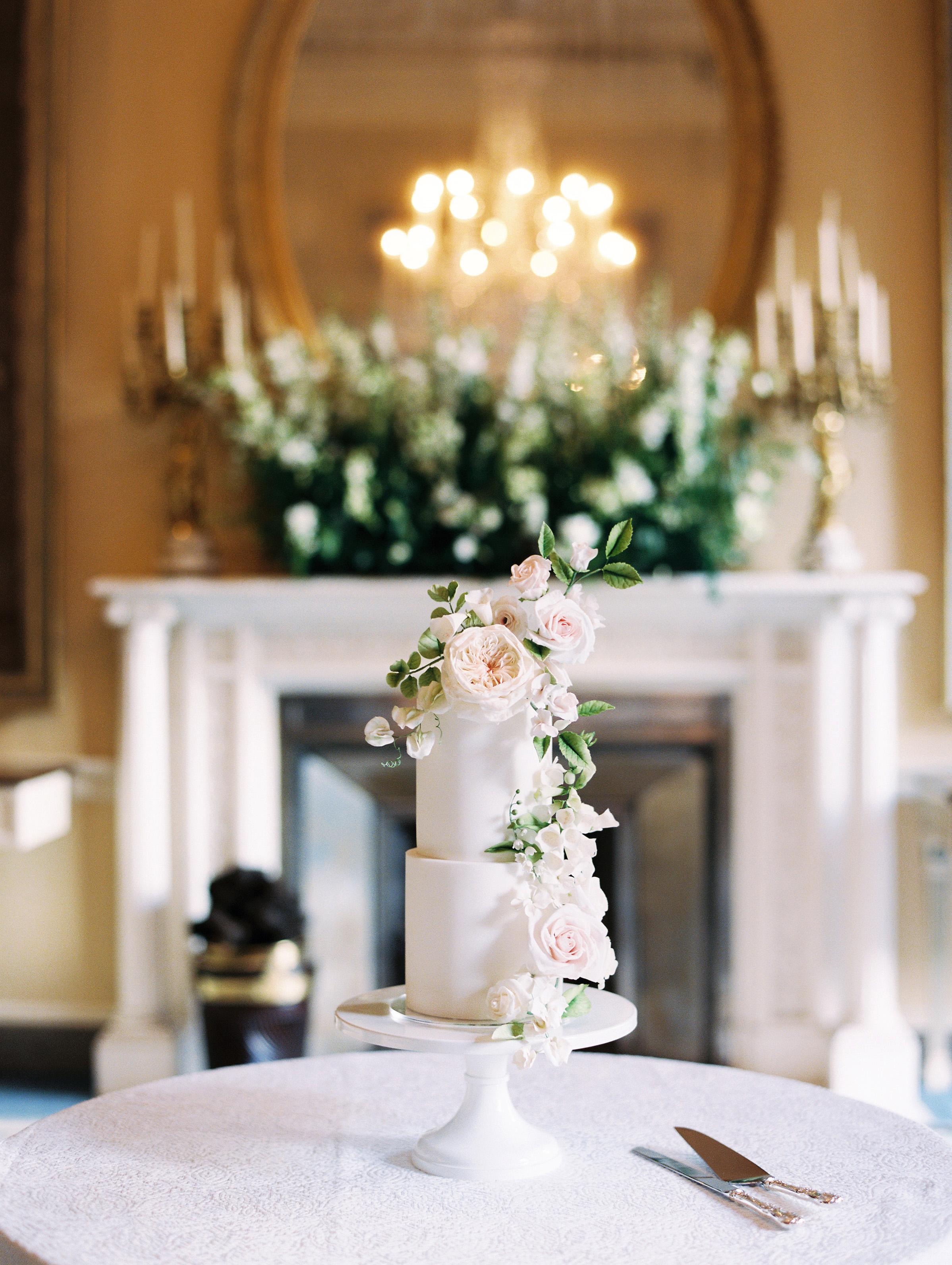 ramsey charles ireland wedding cake with flower adornments