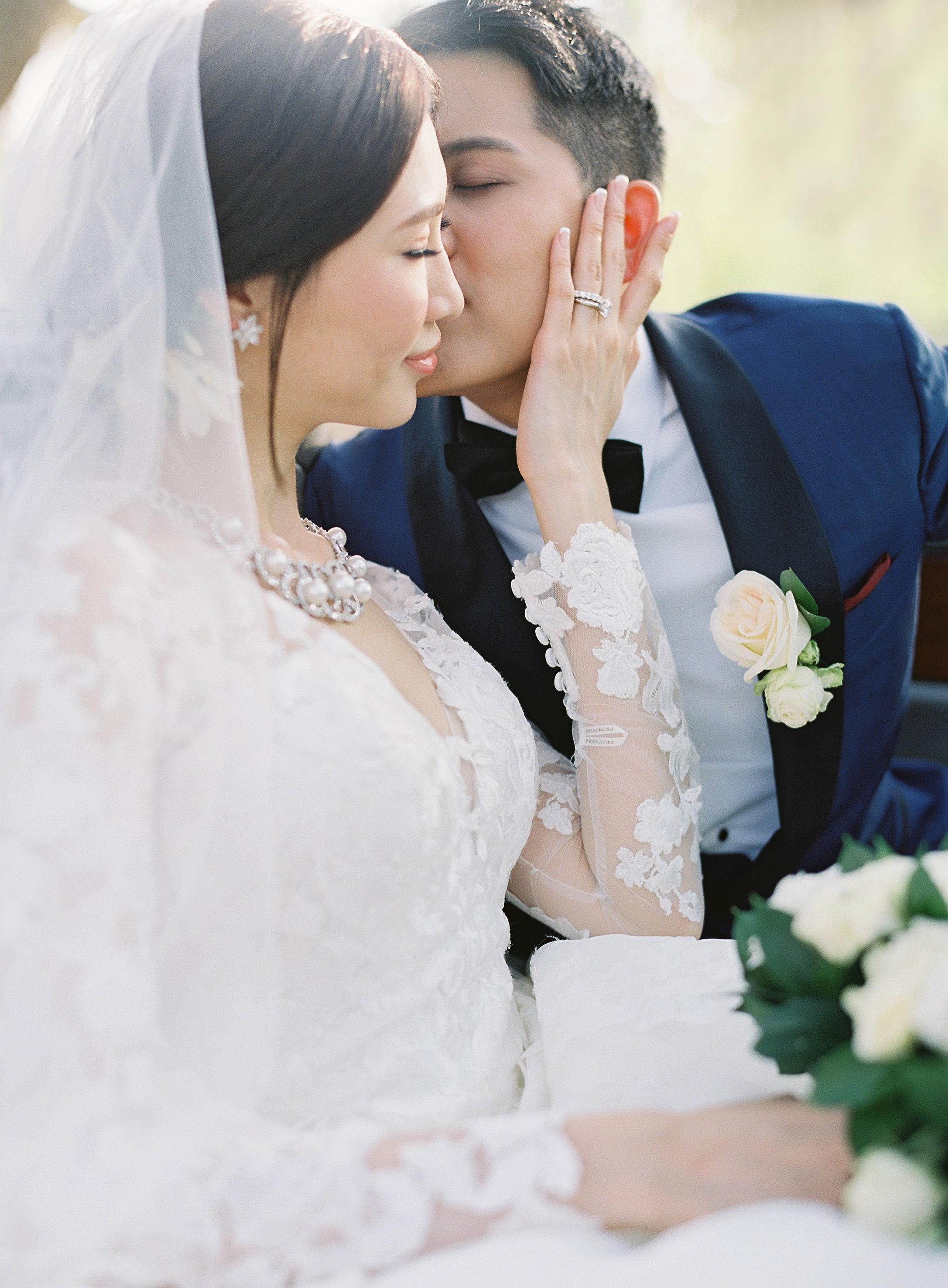 janet patrick wedding couple kissing