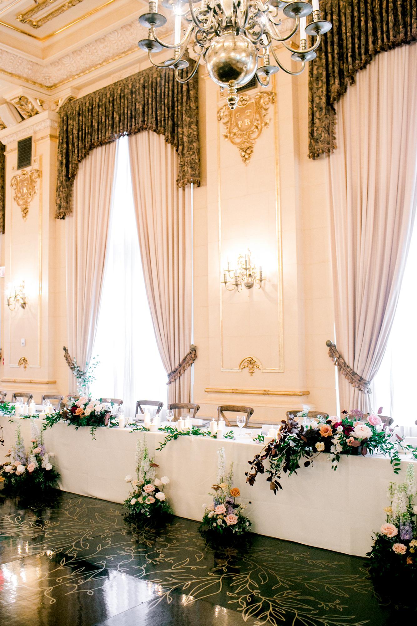 jenna and michael wedding head table