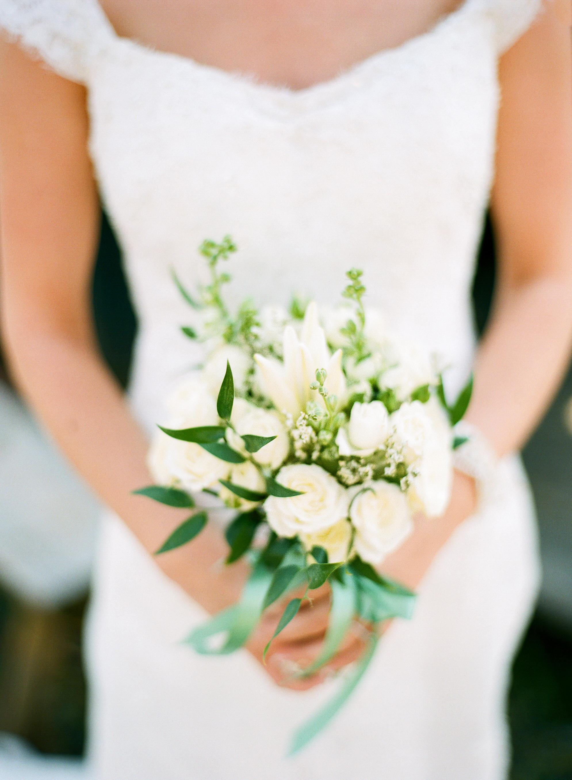 18 Petite Wedding Bouquets That Make A Big Statement Martha