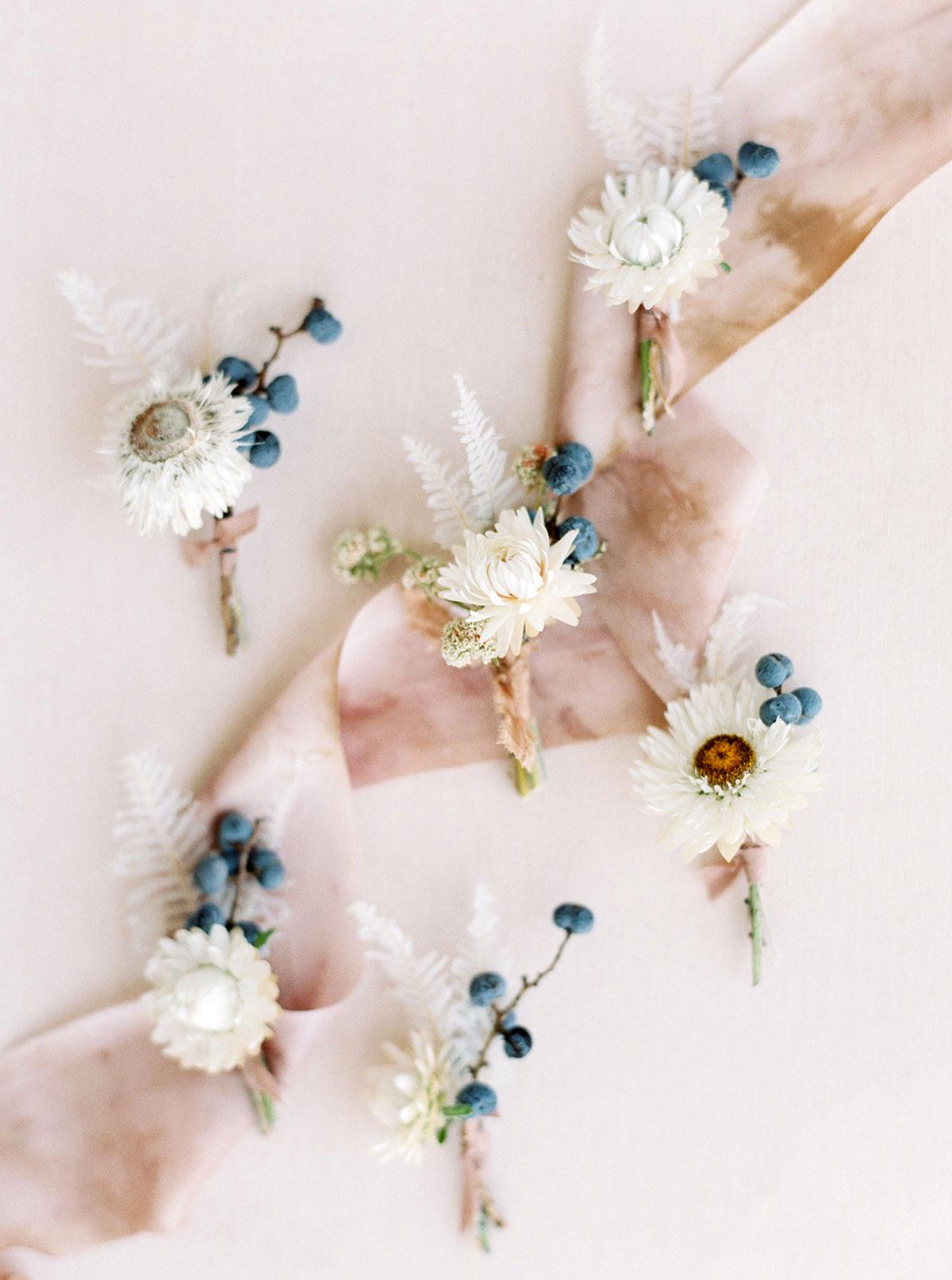 jena donny wedding boutonnieres and pink ribbon
