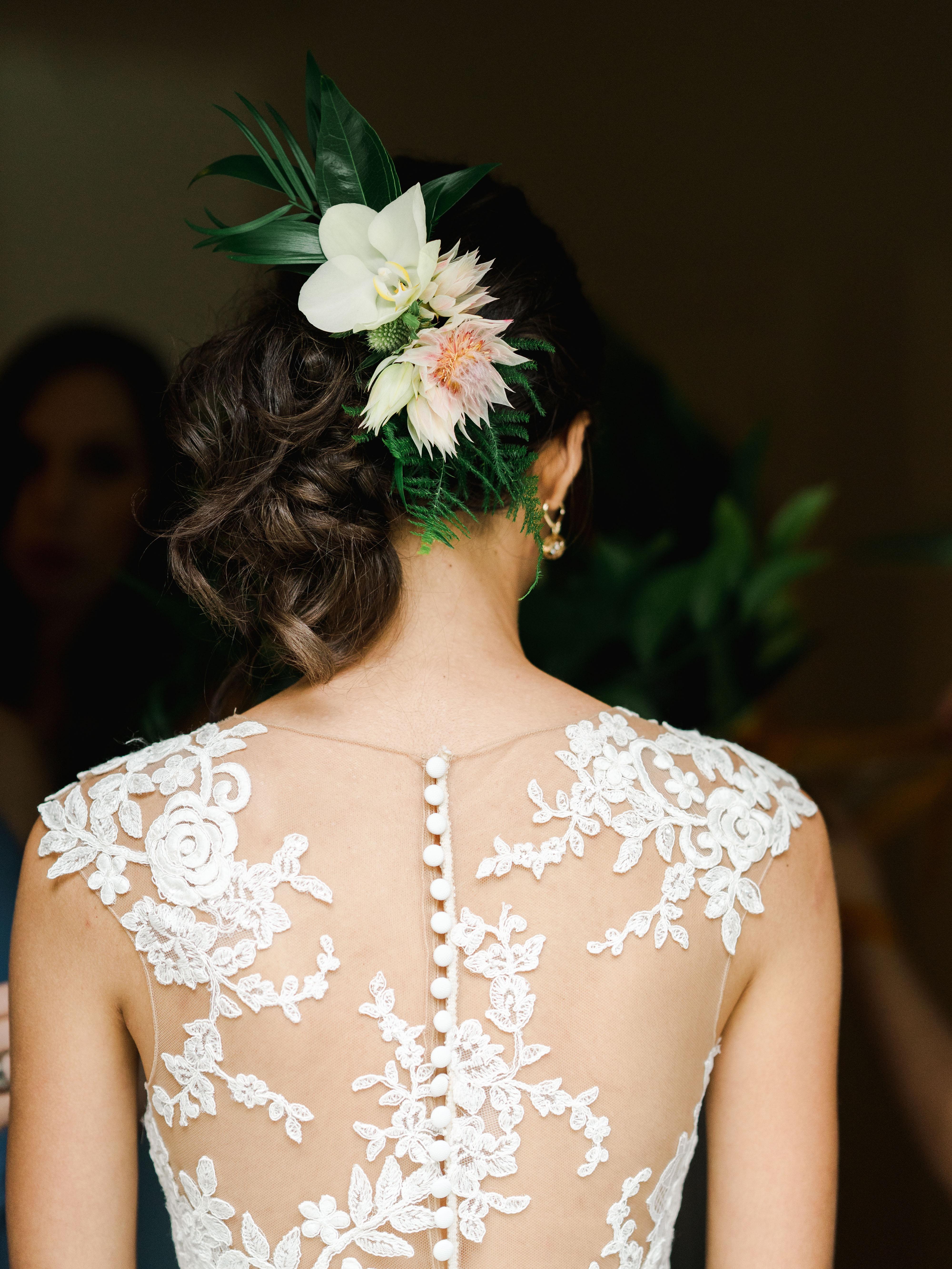 dayane collin wedding bride updo with flowers