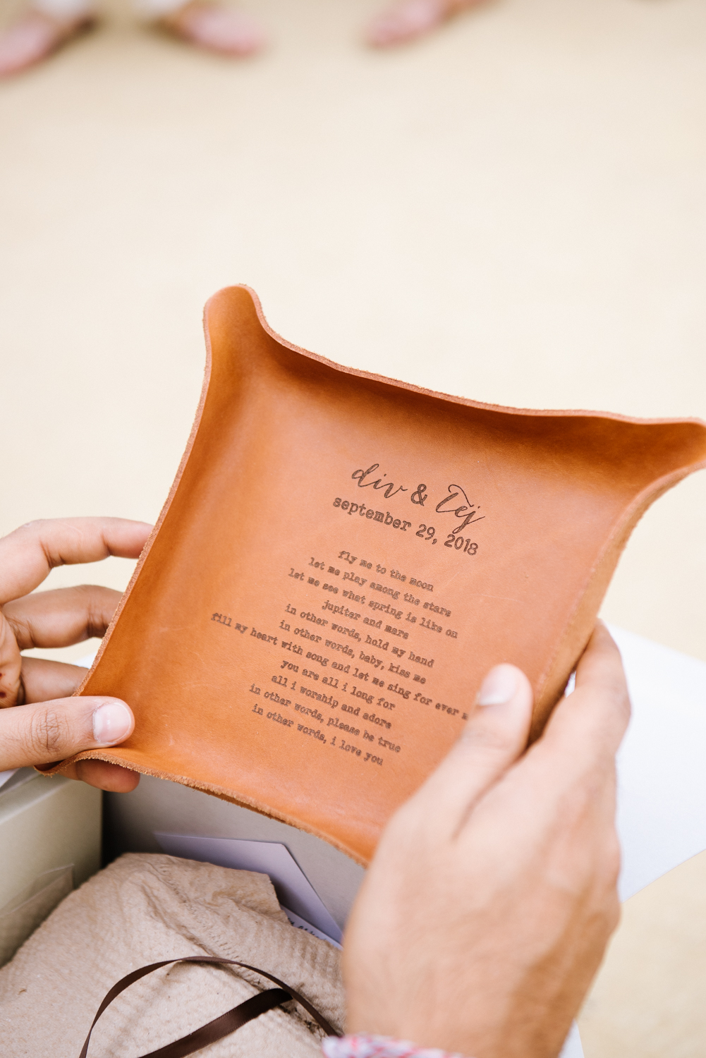 personalized wedding gifts for guests