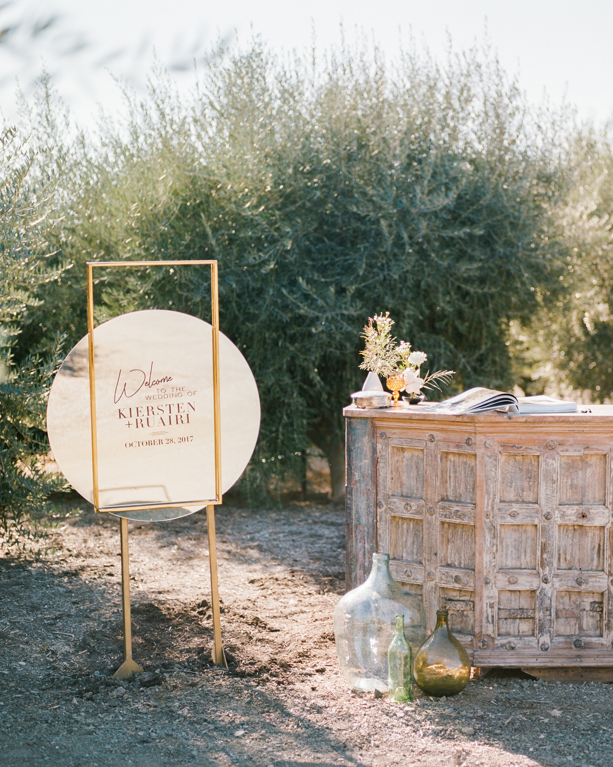 kiersten ruairi wedding bar