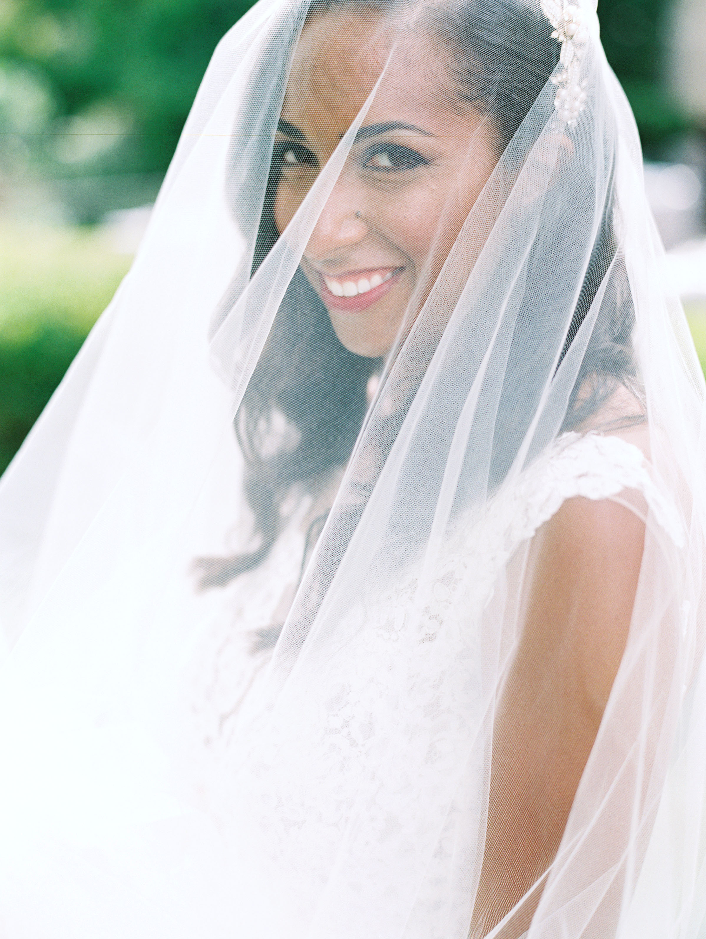 miya matthew wedding veil