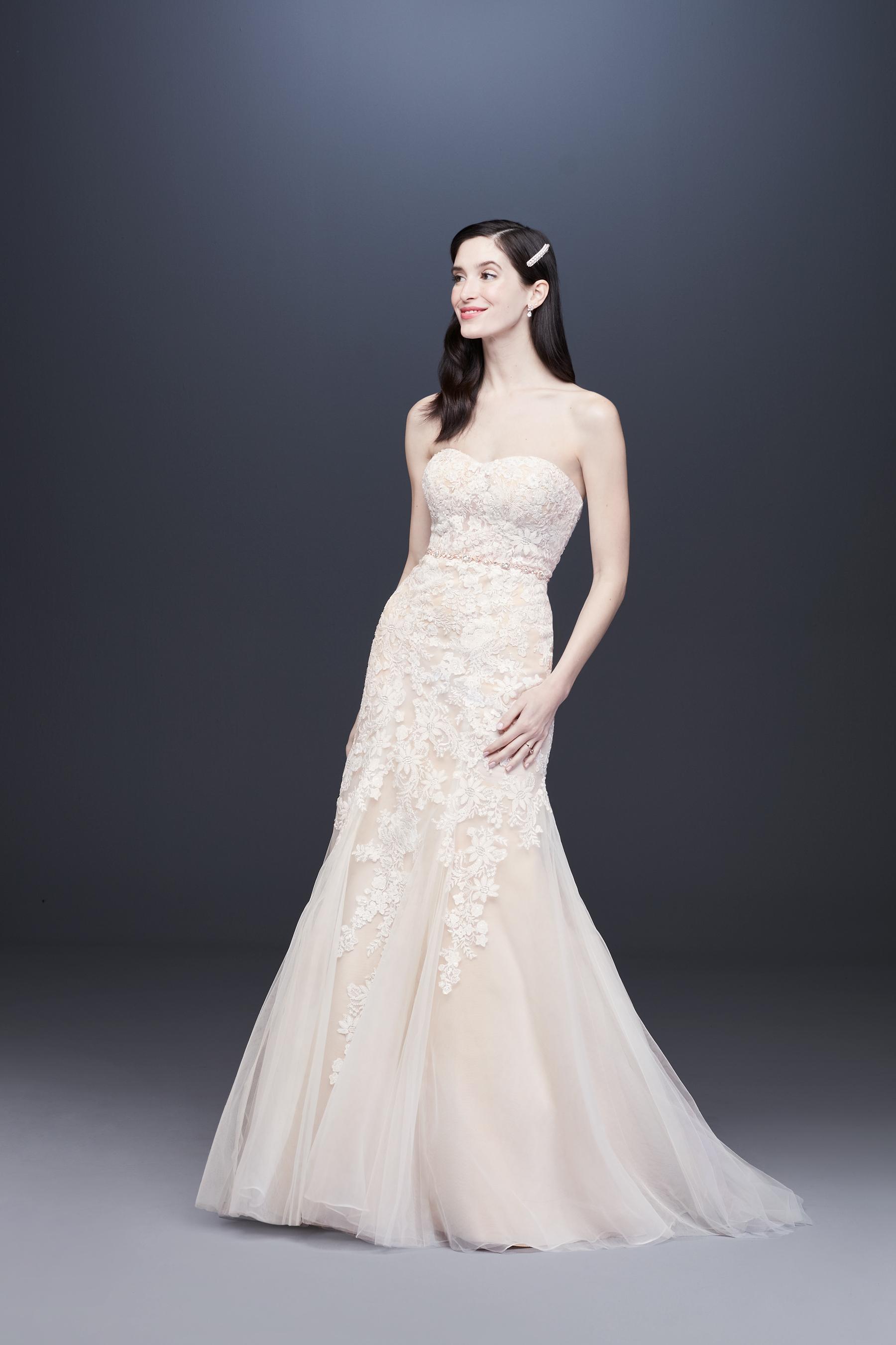 semi sweetheart lace tulle skirt mermaid wedding dress Davids Bridal Spring 2020