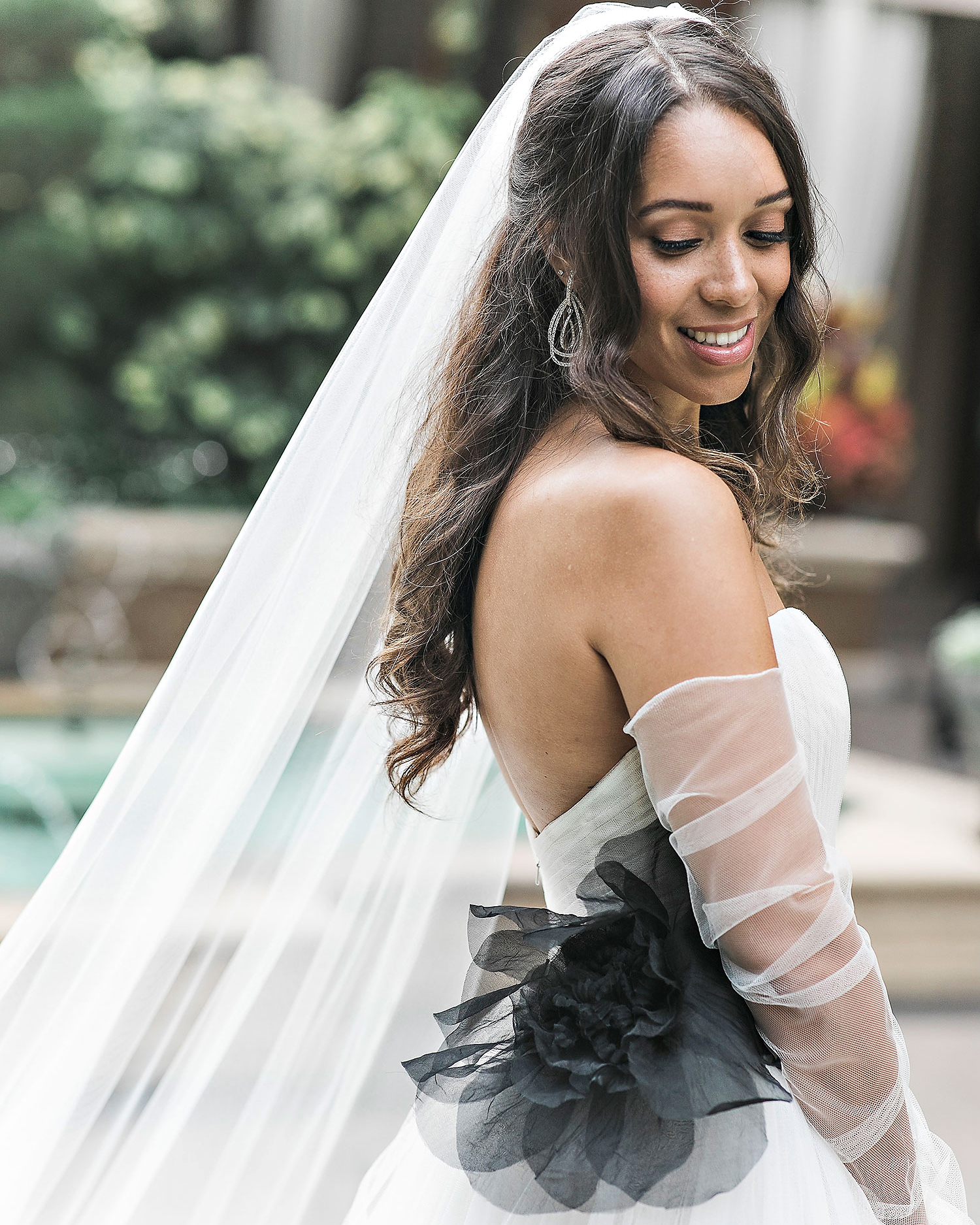 danielle kevin wedding bride dress and veil