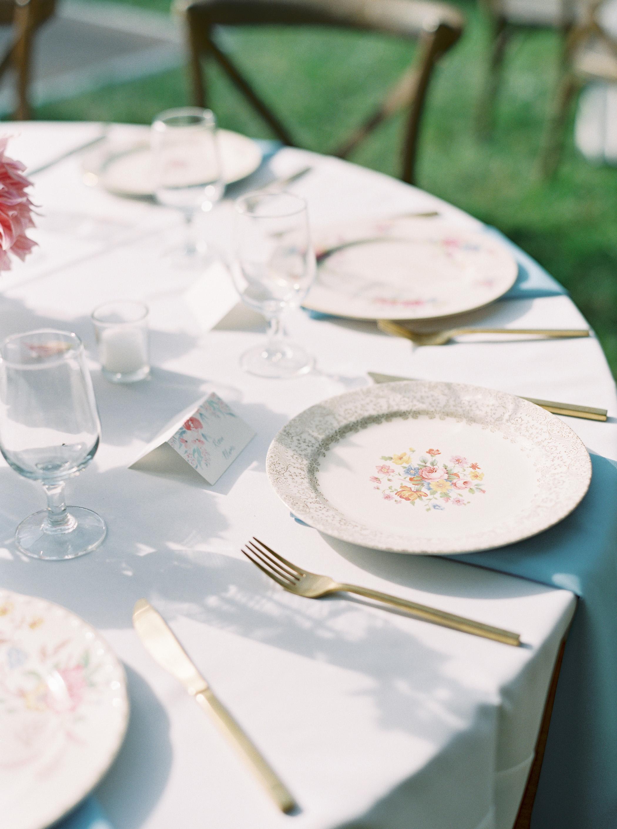 shelby preston wedding round table