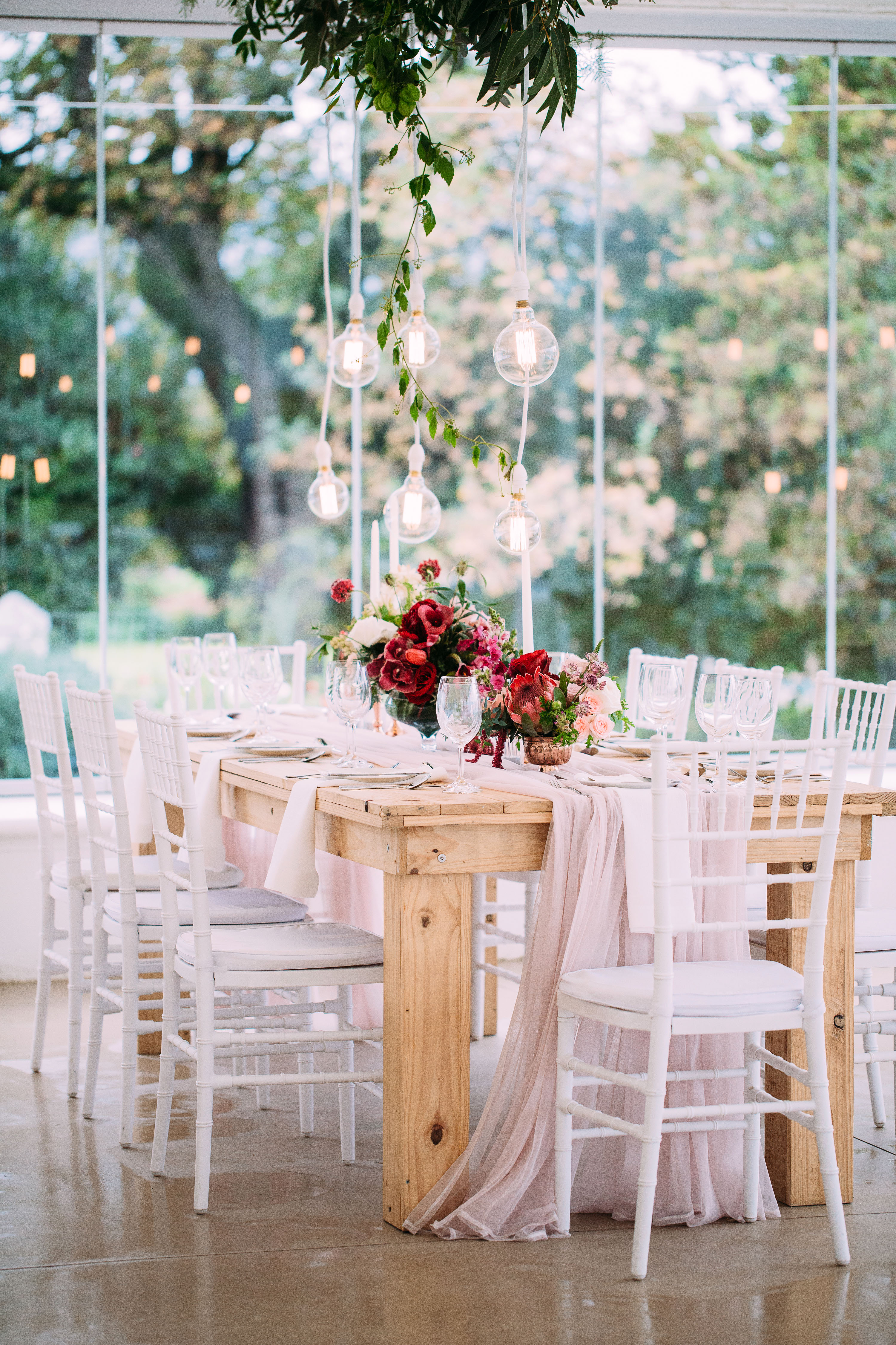 yolana douglas wedding reception table