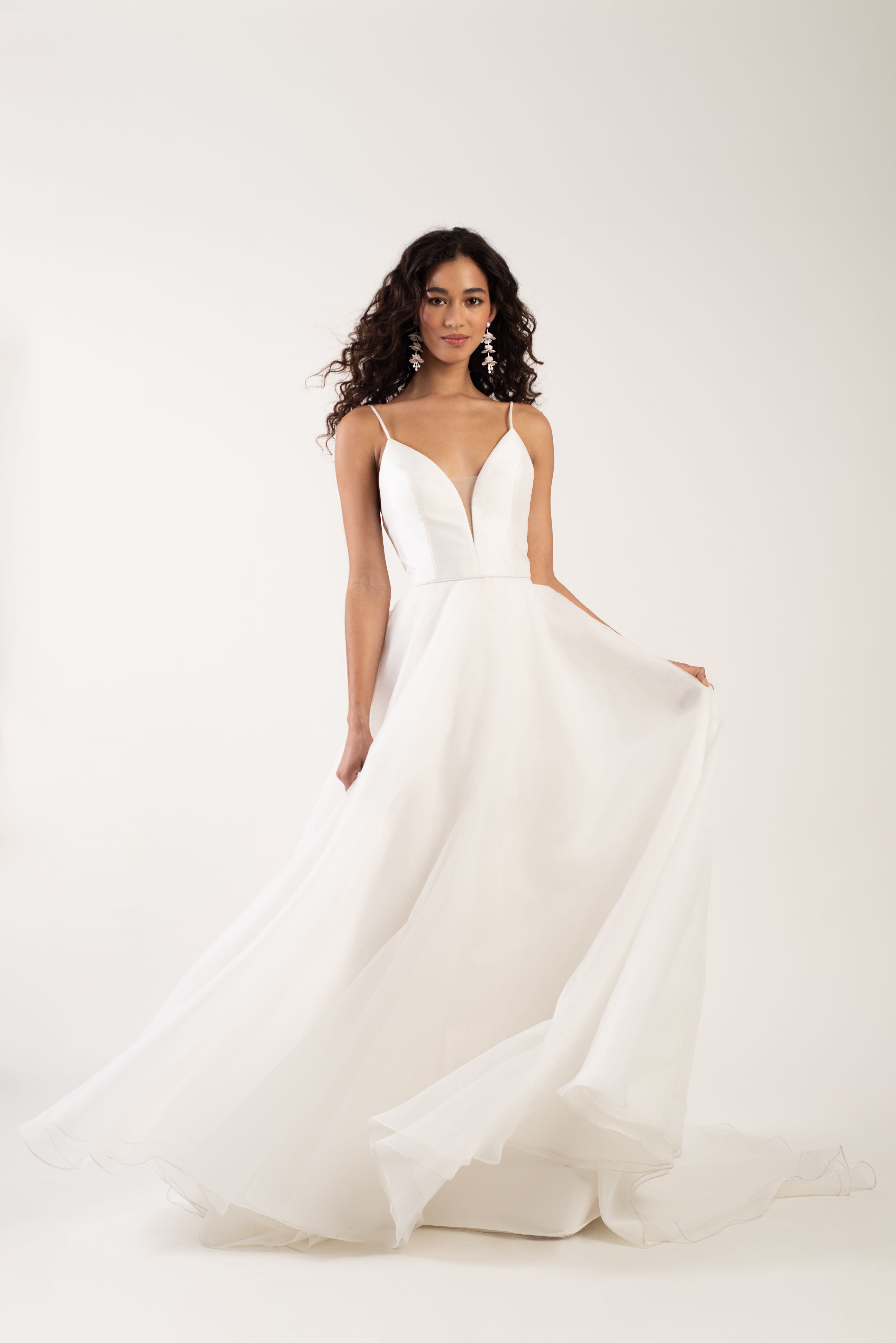 spaghetti strap deep v-neck tulle a-line wedding dress Jenny by Jenny Yoo Spring 2020