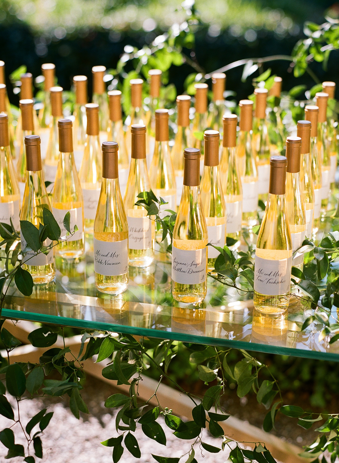 family owned vineyard custom made dessert wine wedding favors