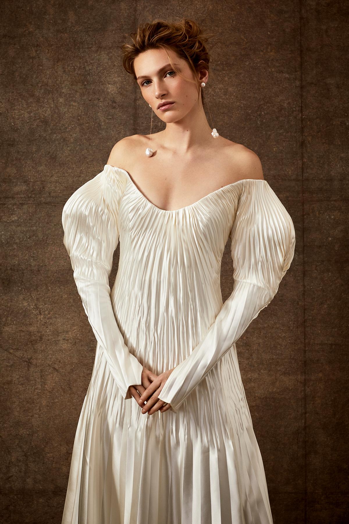 puffed long sleeve off-the-shoulder scoop neck ribbed wedding dress Danielle Frankel Spring 2020