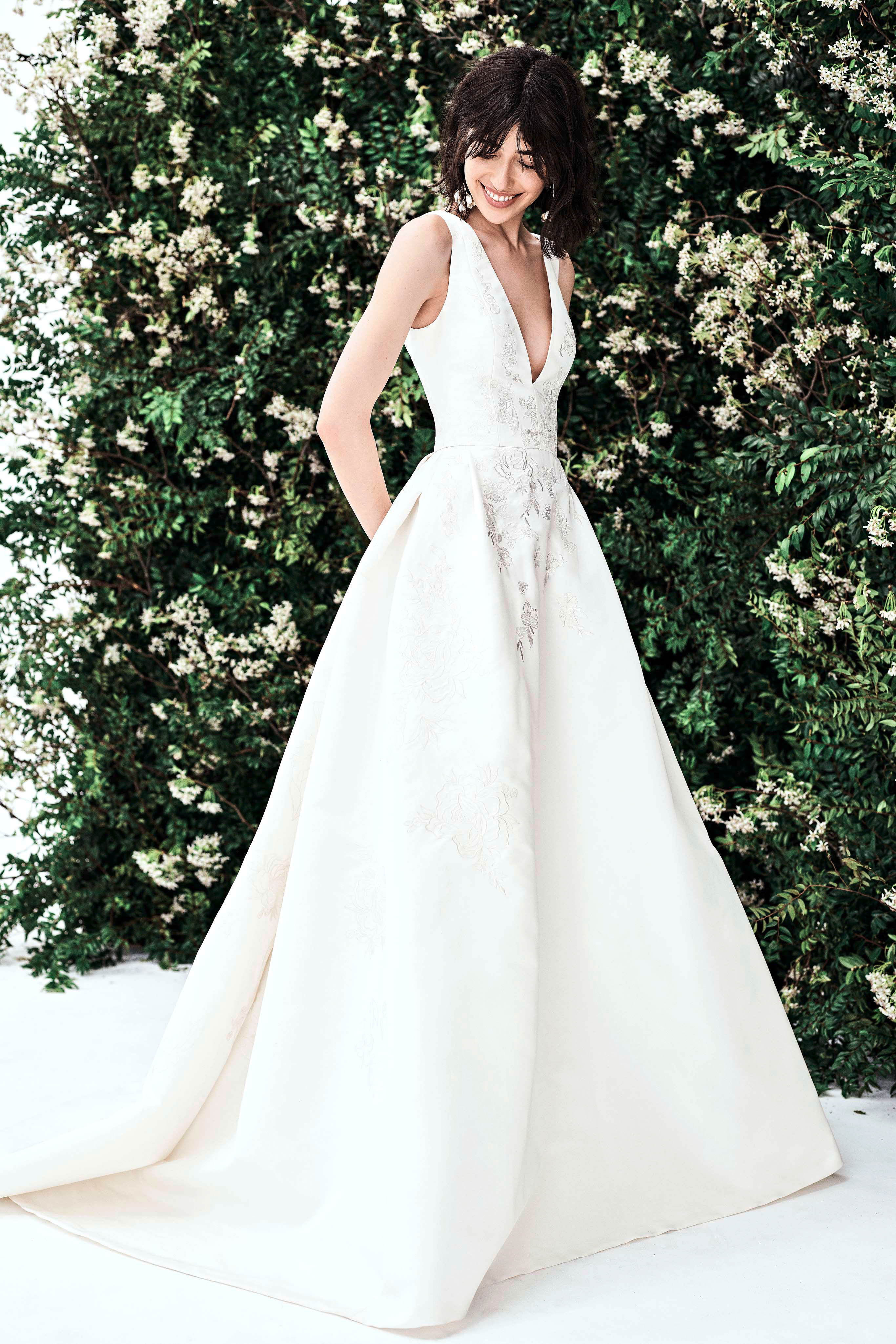 carolina herrera sleeveless v neck a line wedding dress spring 2020
