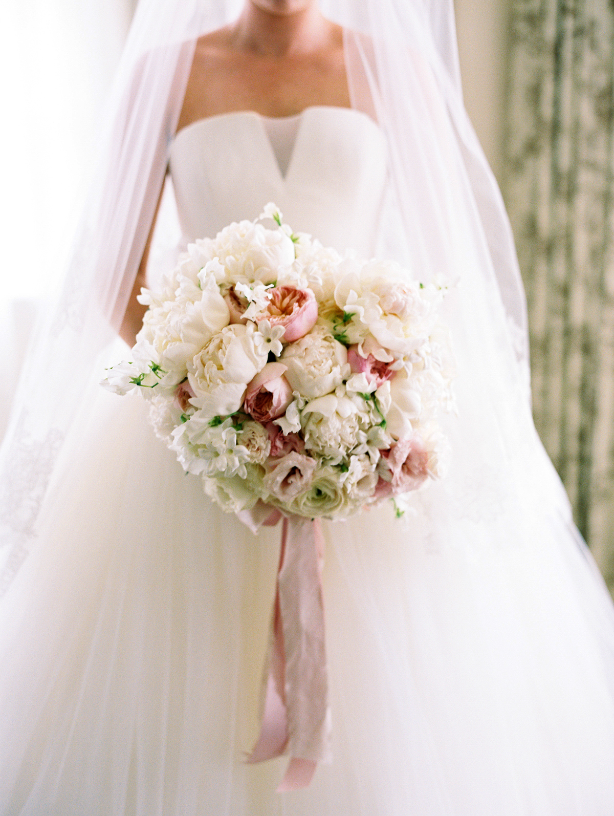 all blooms no greenery wedding bouquet