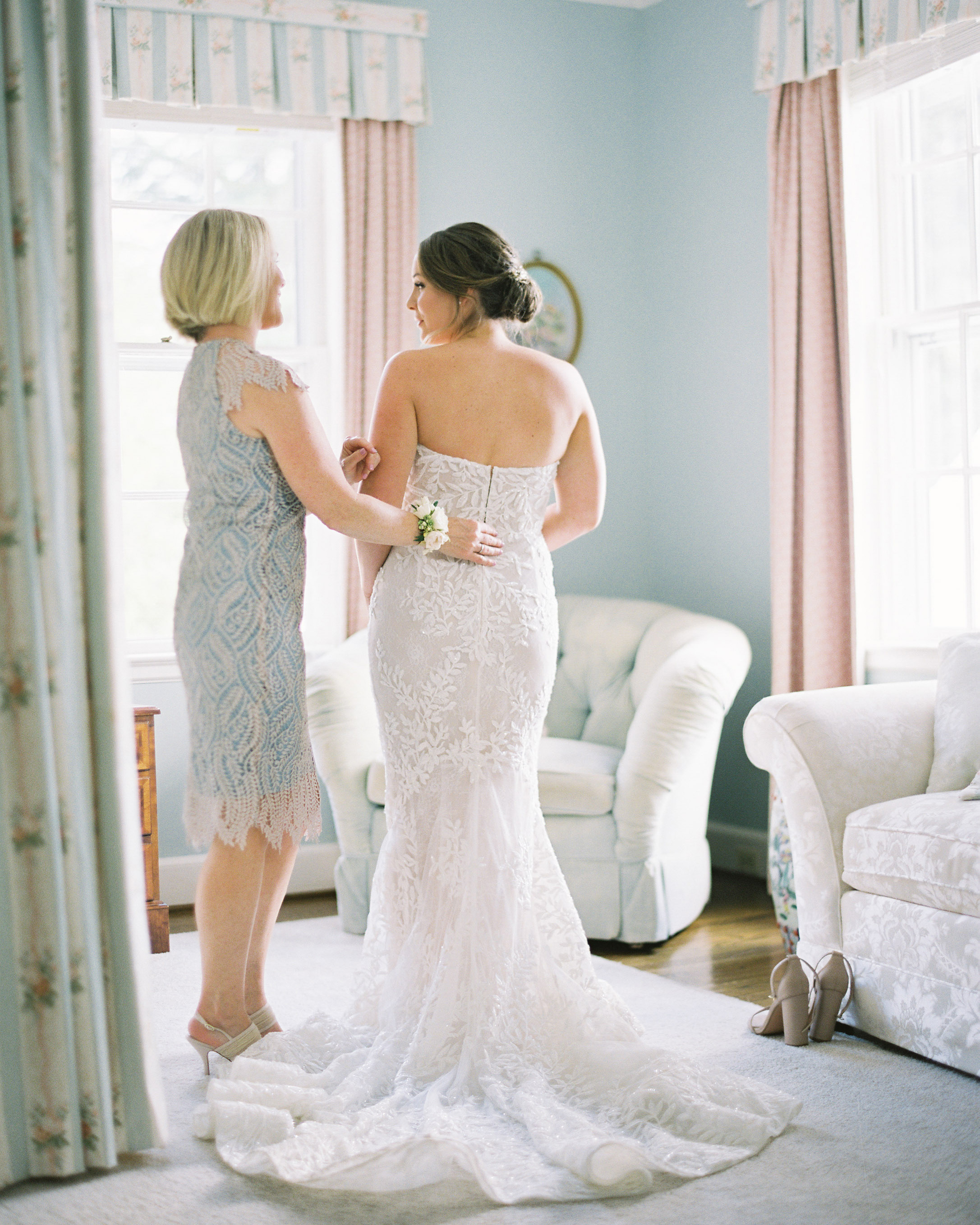 bride mother getting ready for wedding