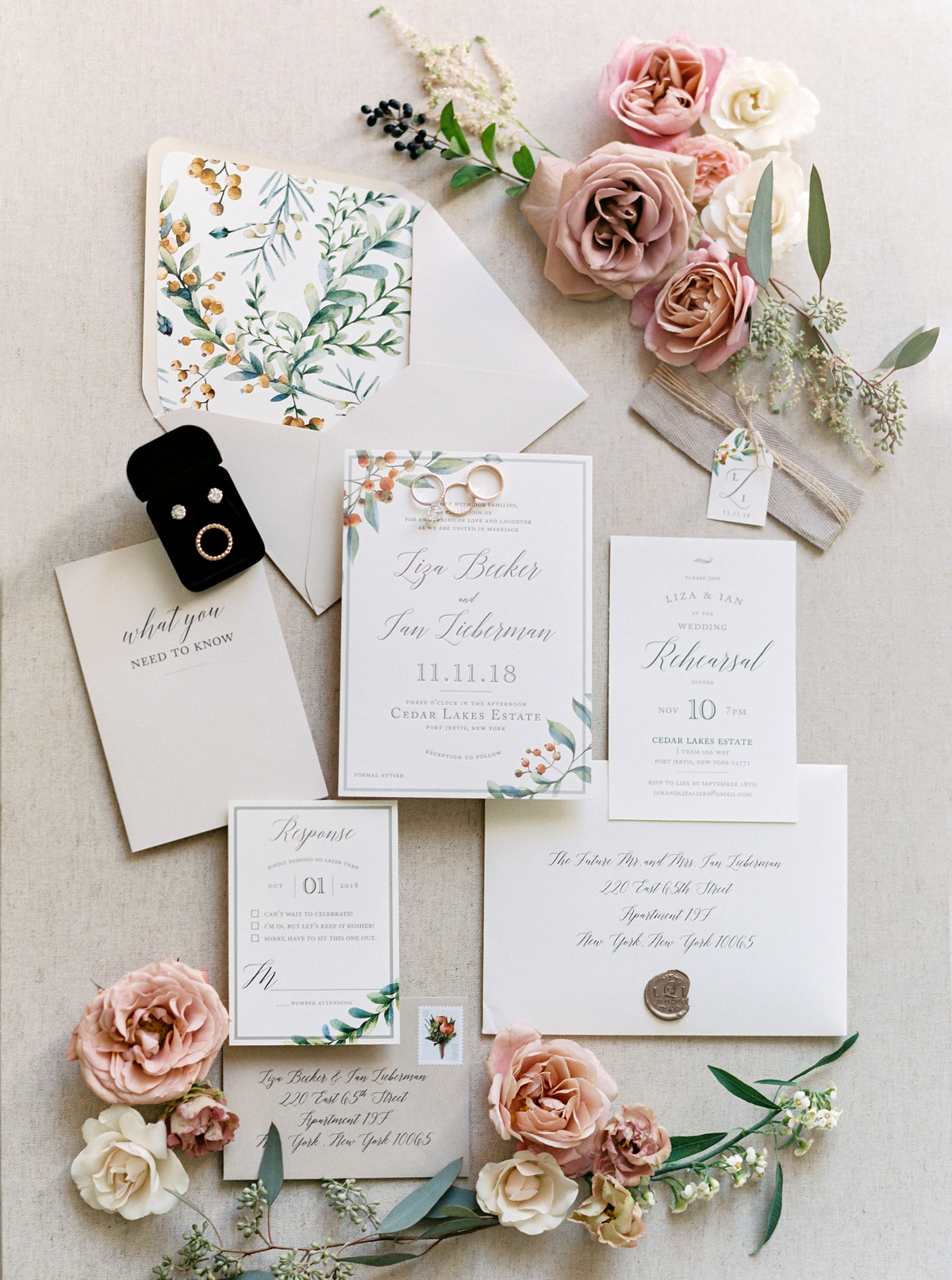 floral design white wedding stationary suit