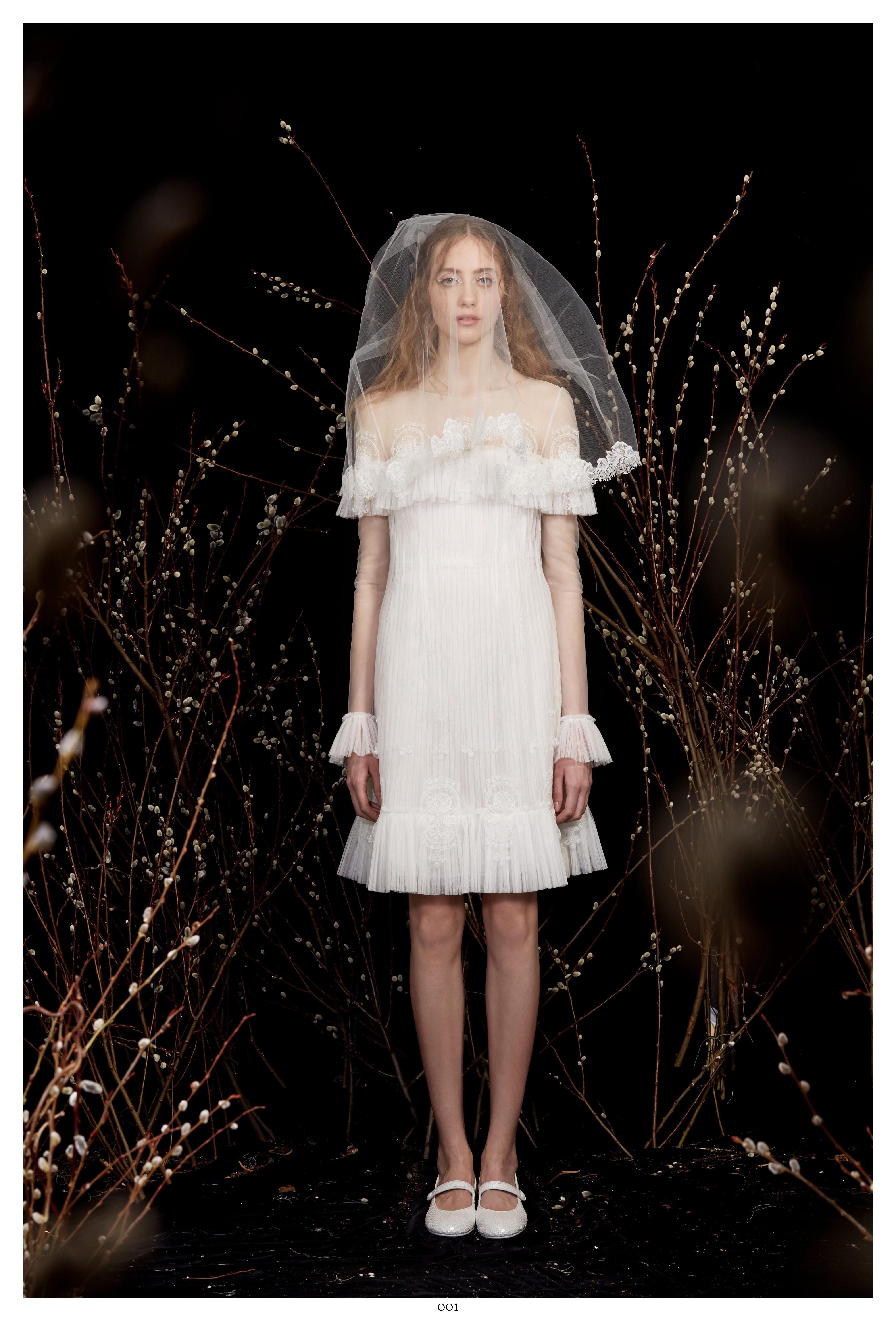 long sleeve veil short wedding dress Honor Spring 2020