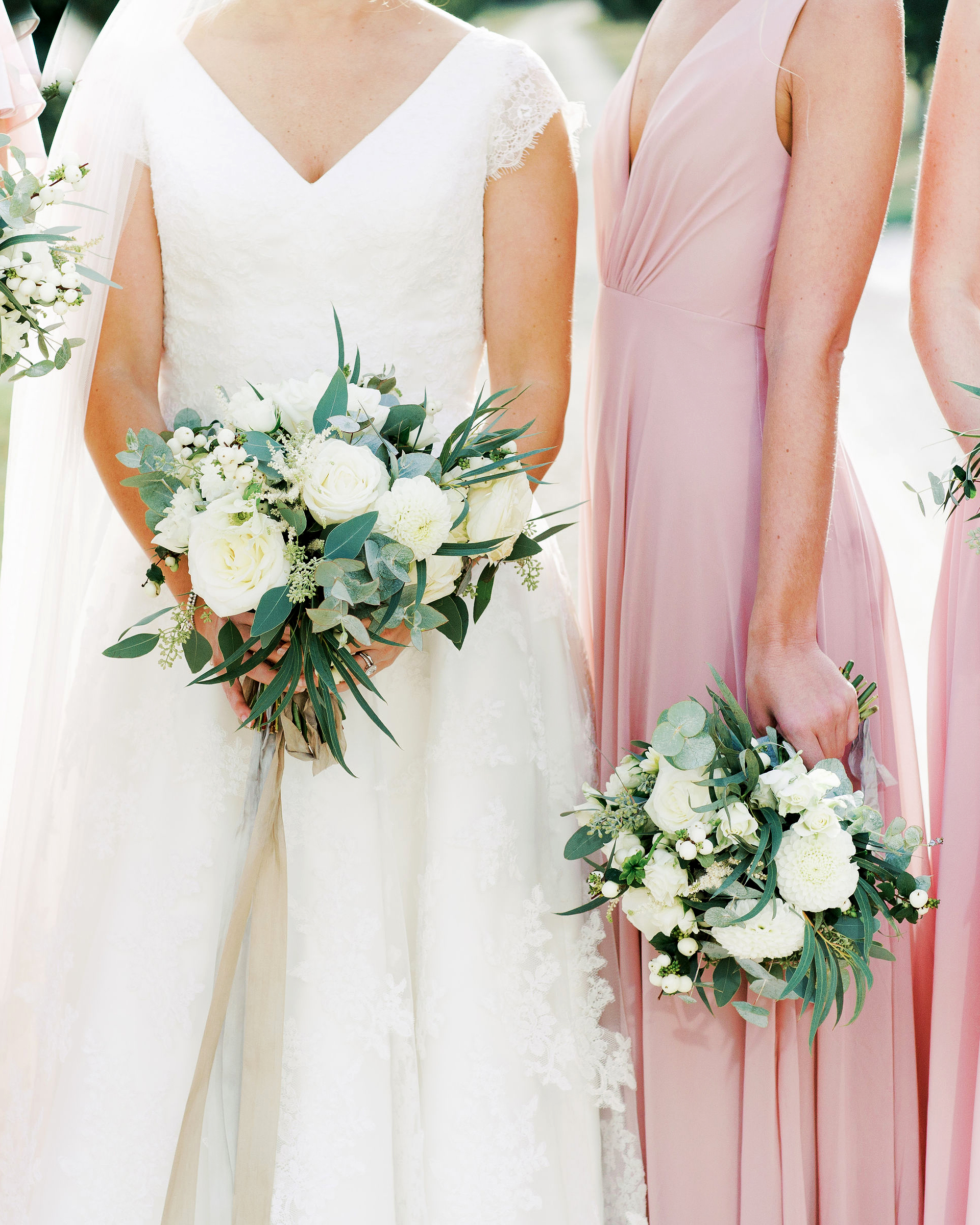 sophie christopher wedding bride and bridesmaids bouquets
