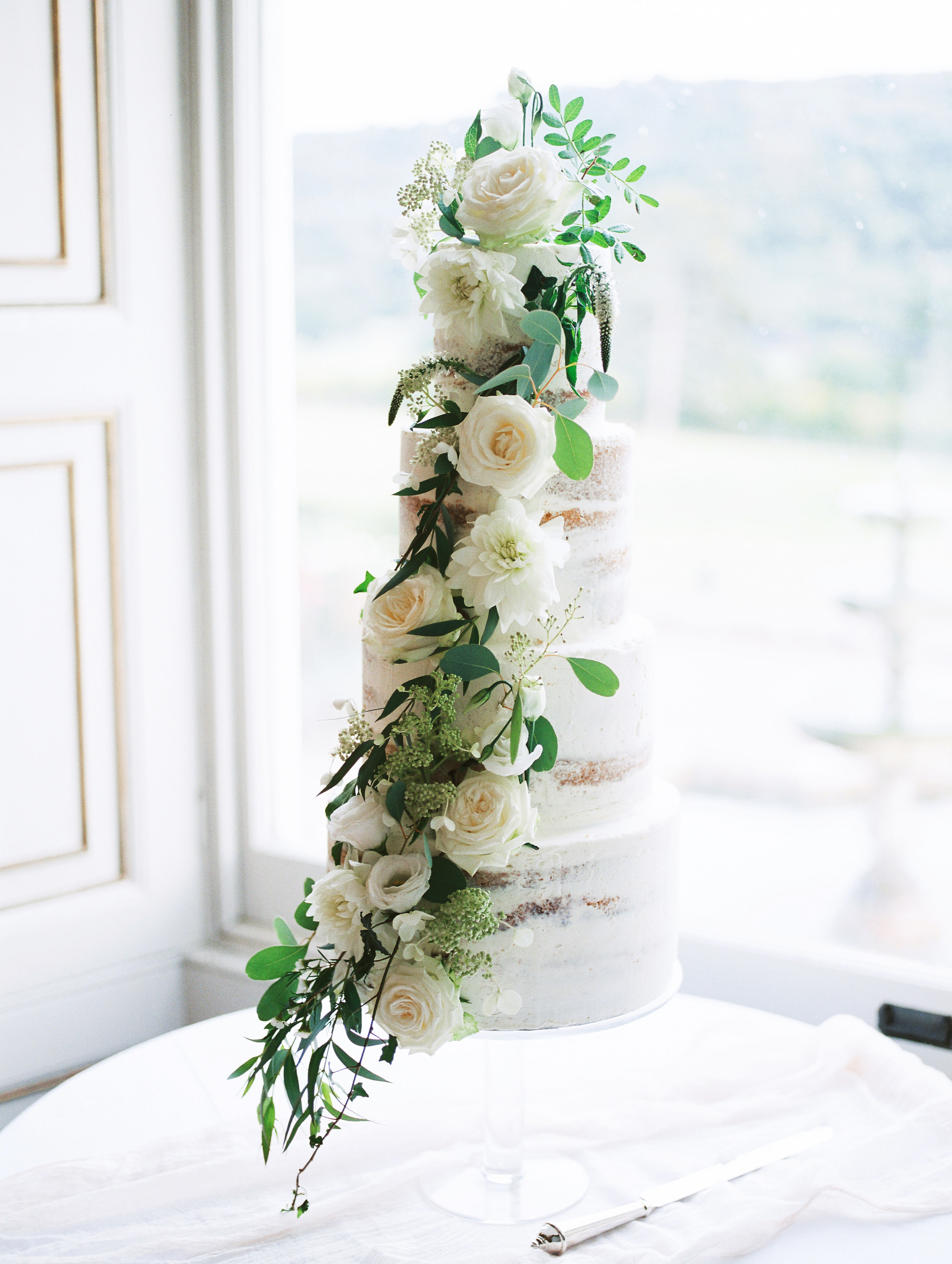 sophie christopher wedding mulit-tiered cake