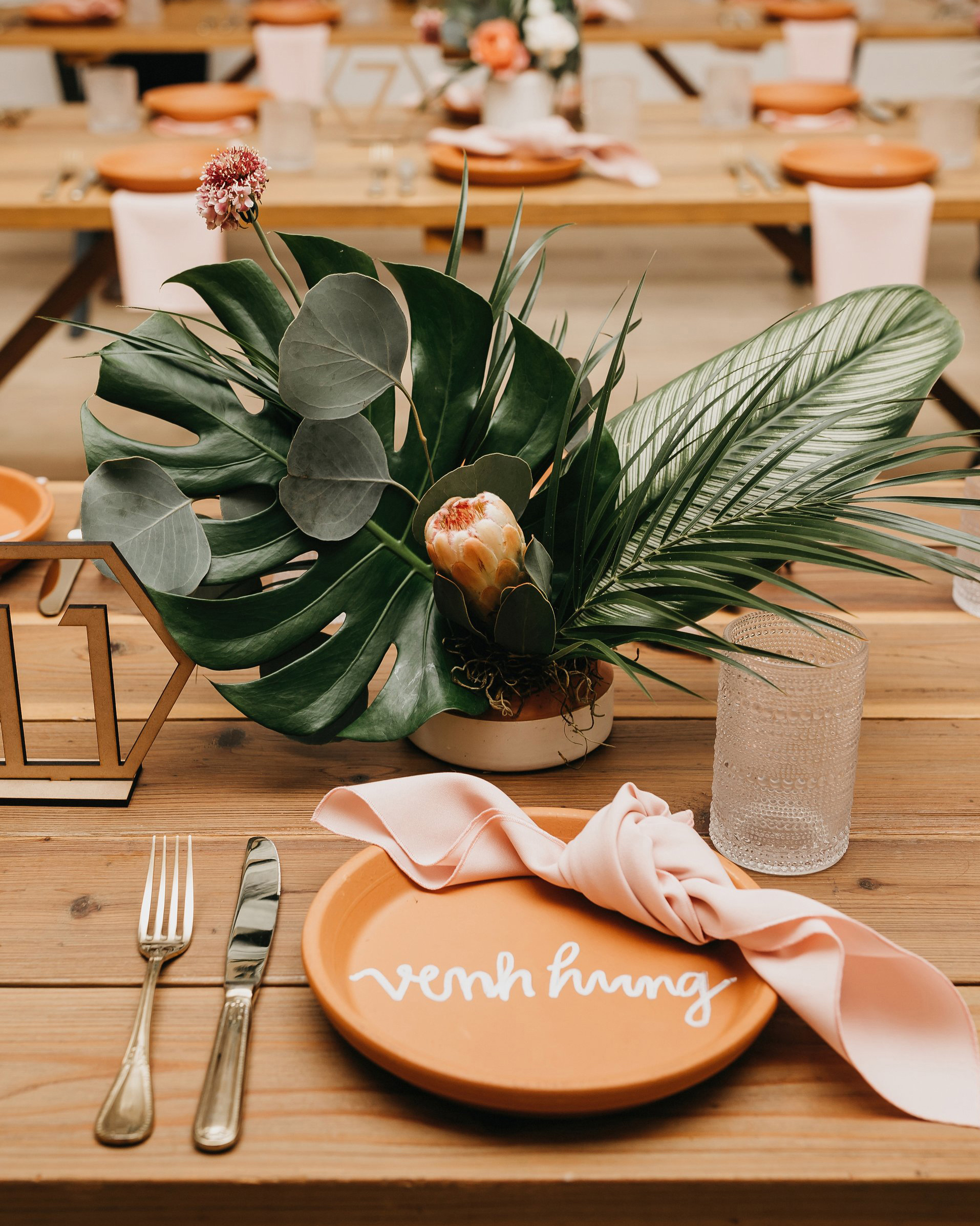 colleen pip wedding place setting