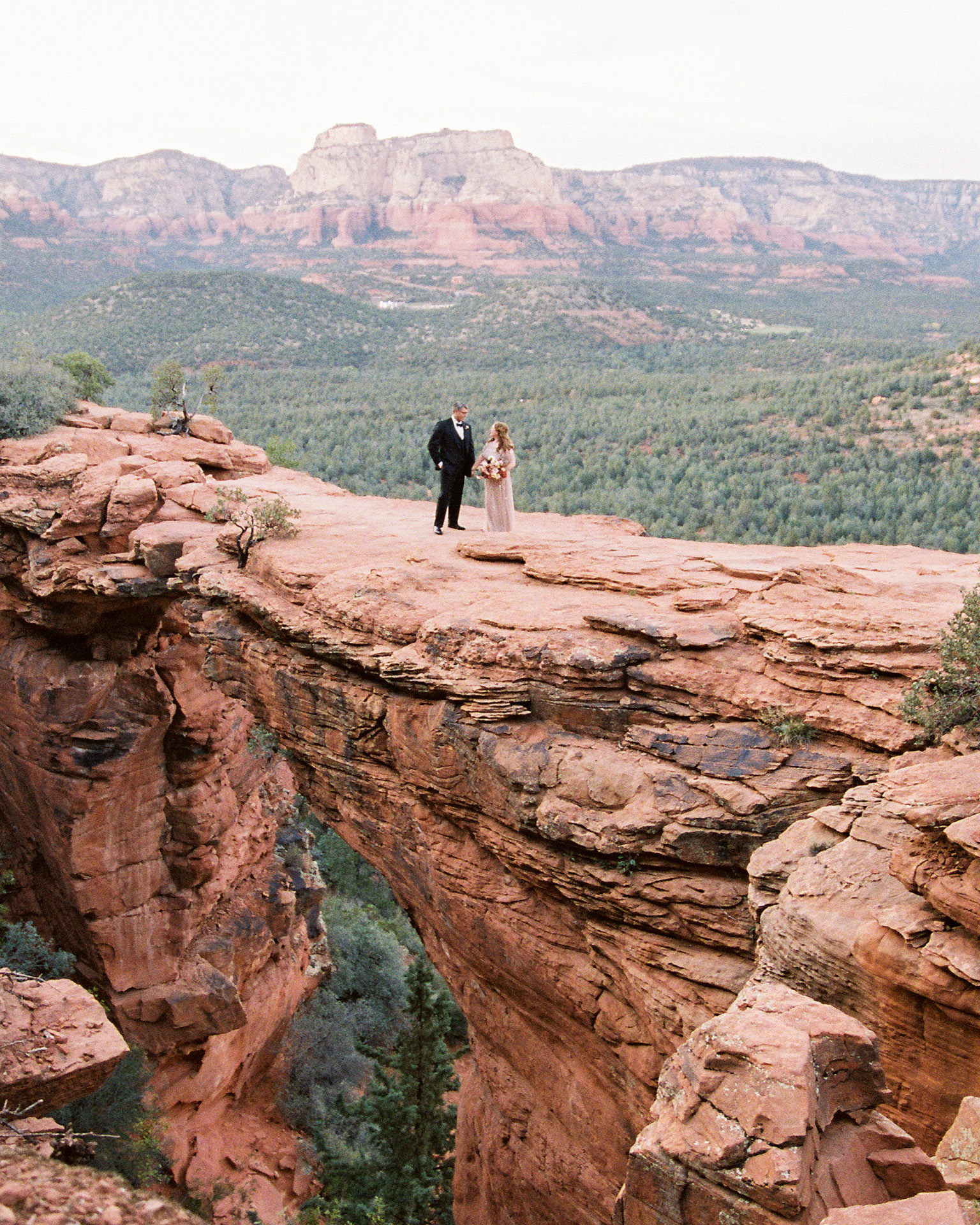 stefanie terrel wedding couple red rocks walking