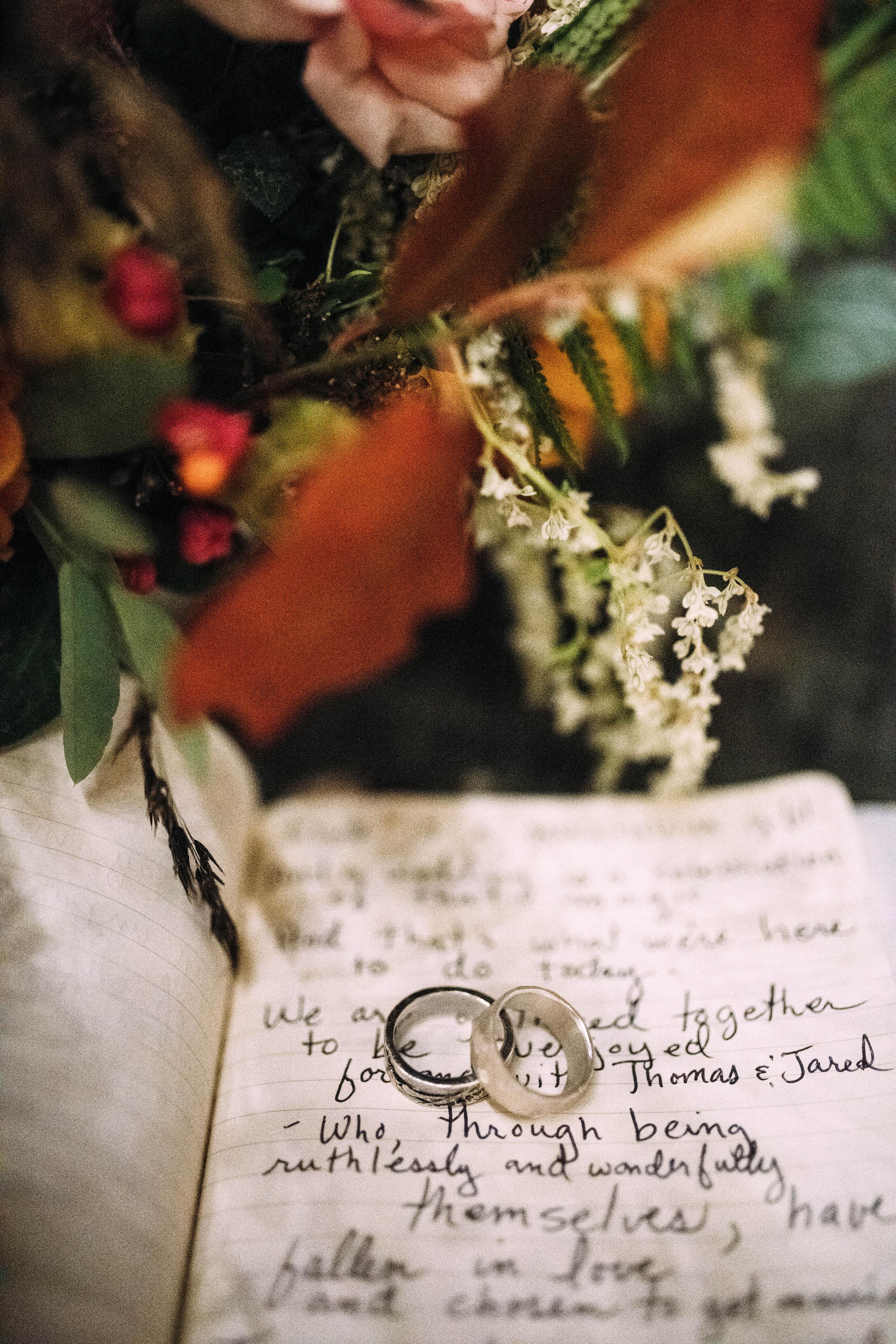 thomas jared wedding rings on vows