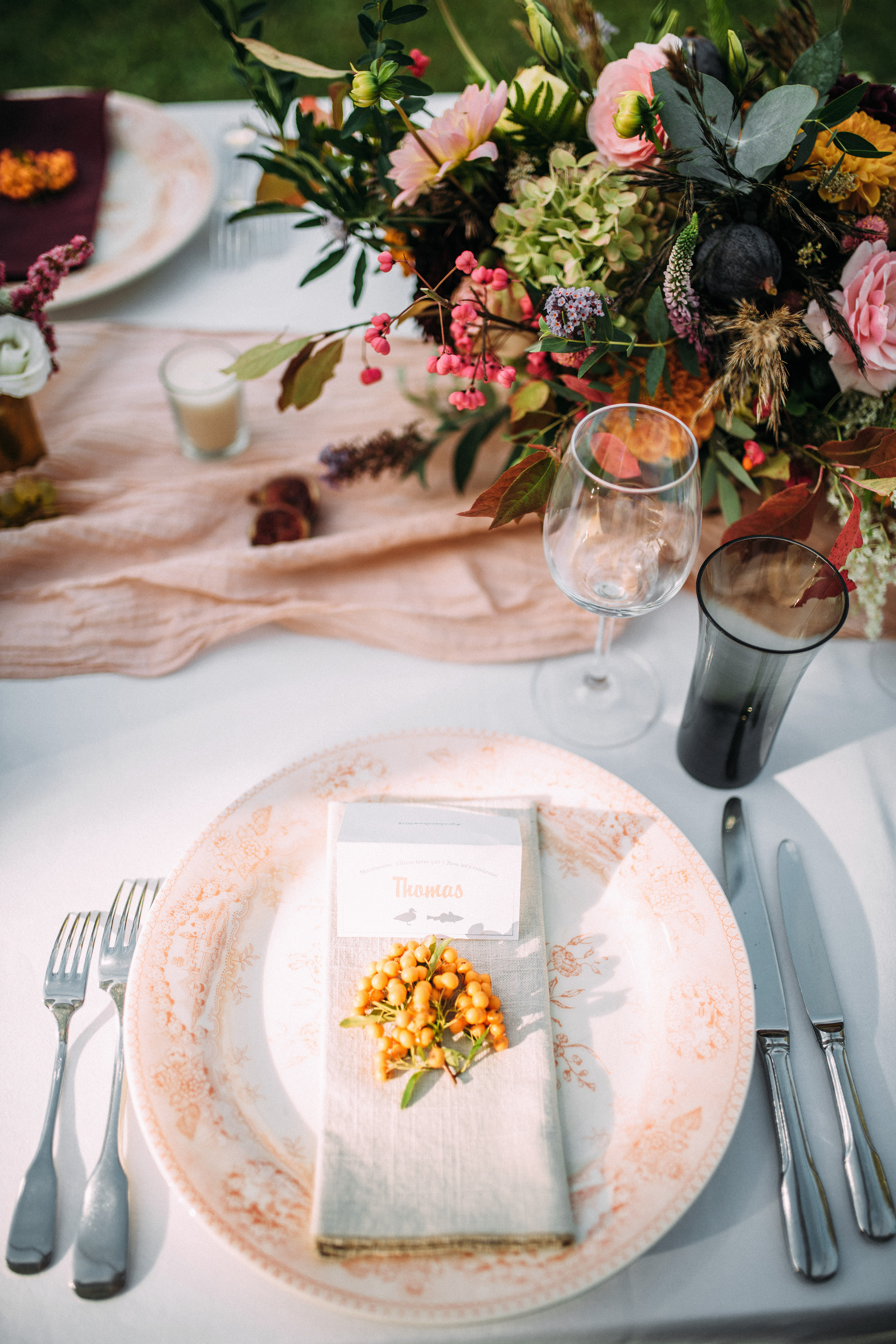 thomas jared wedding reception place setting menu