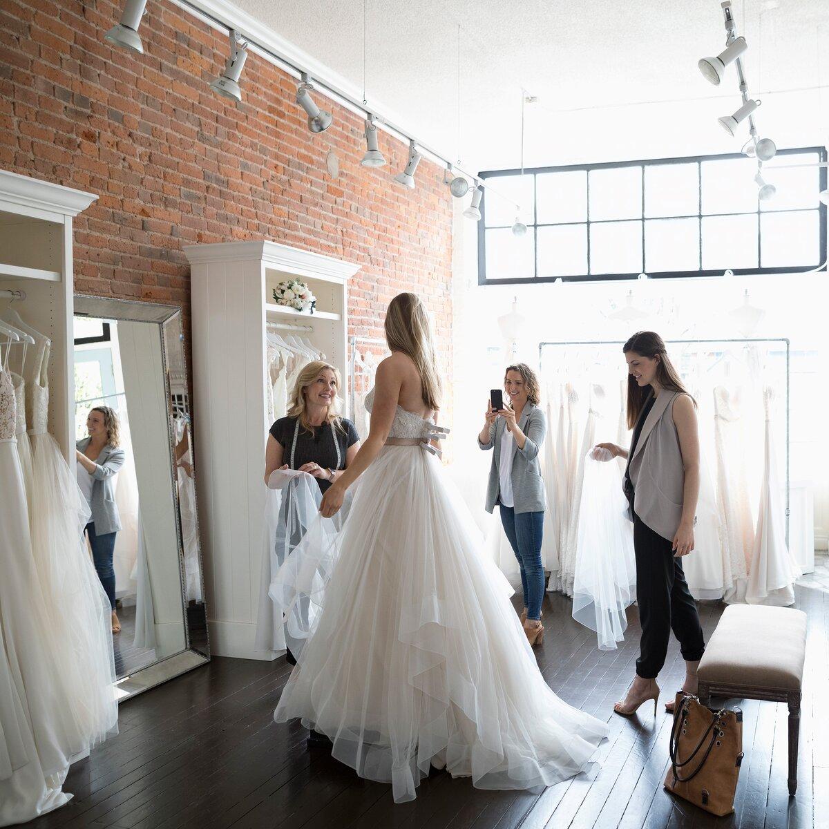 Top 10 Dress Shopping Tips Martha Stewart Weddings