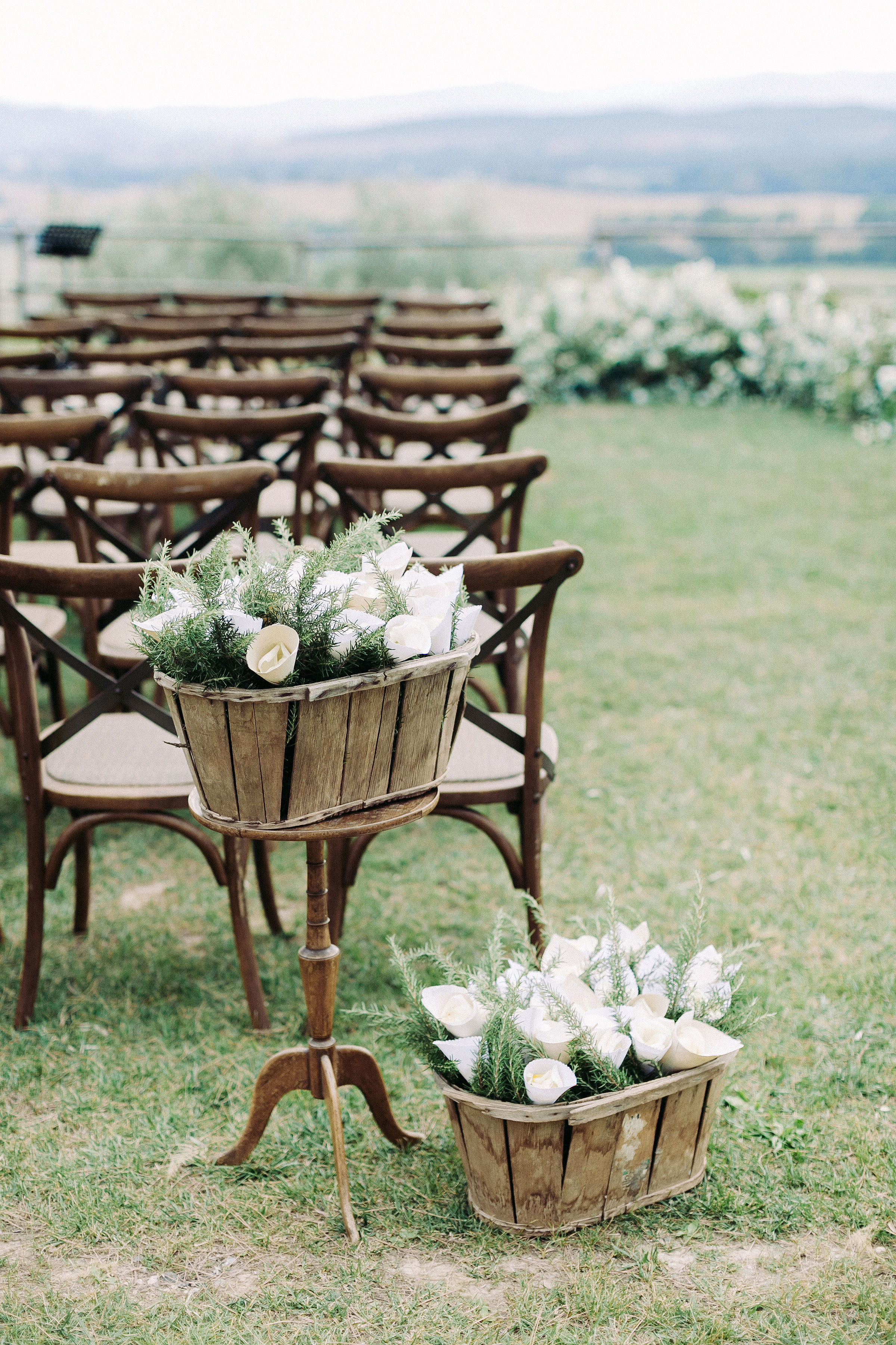 kseniya sadhir wedding seats and favors