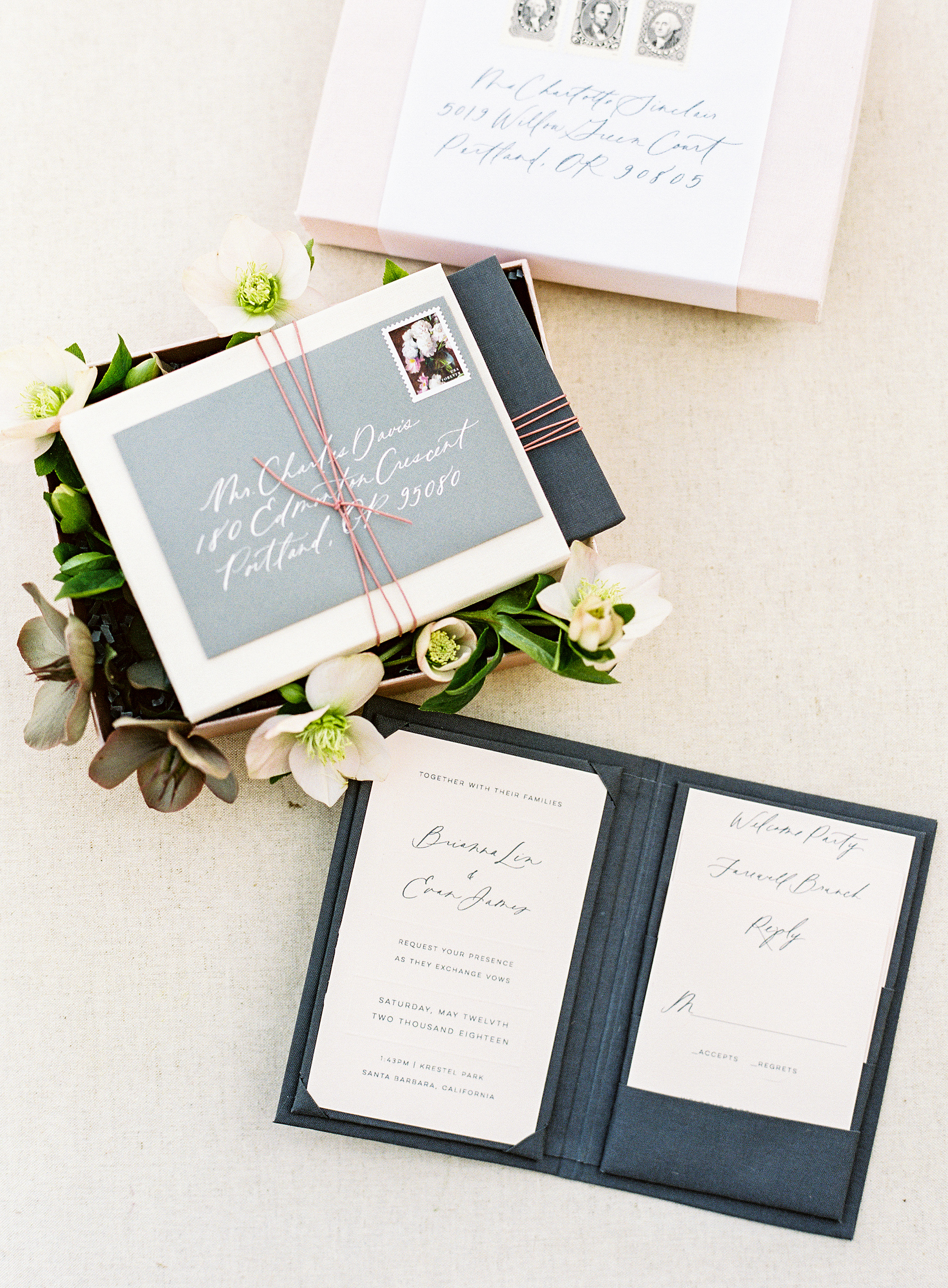 booklet stationery idea in boxed set