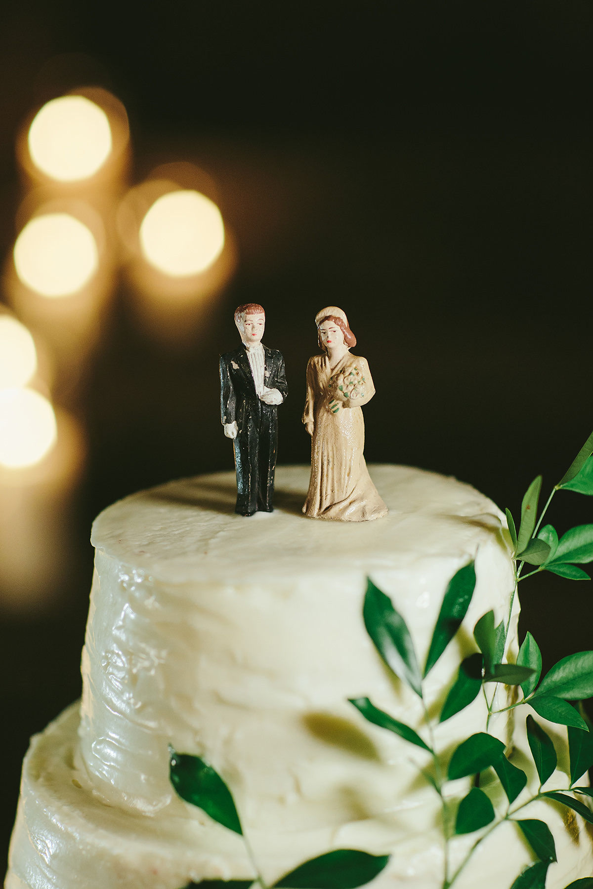 sarah daniel wedding cake bride and groom topper