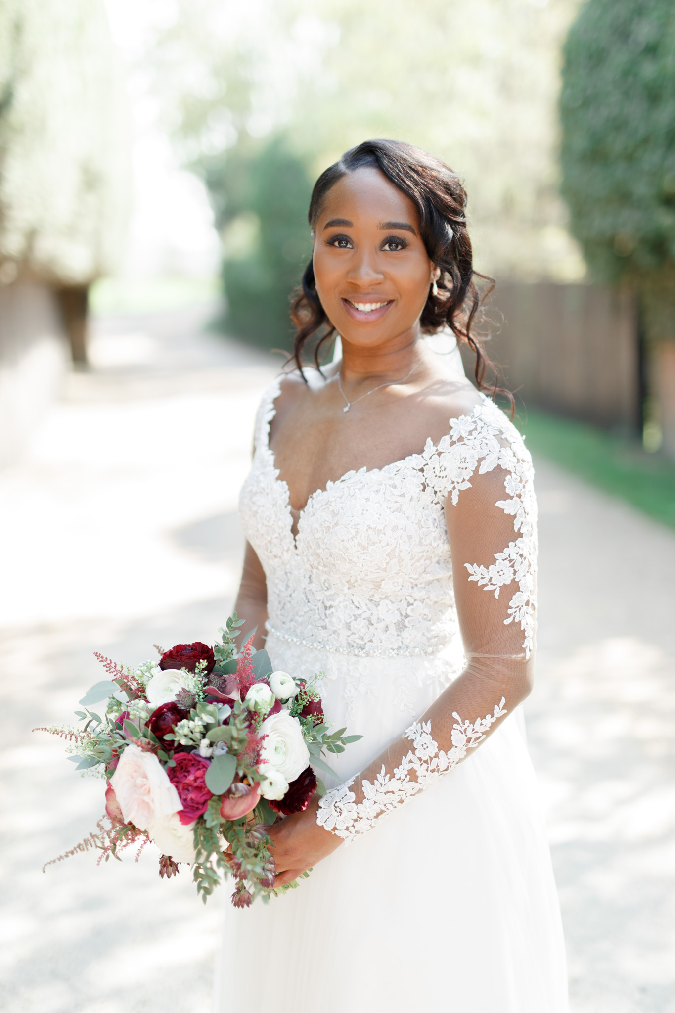 ryan thomas wedding bride holding bouquet