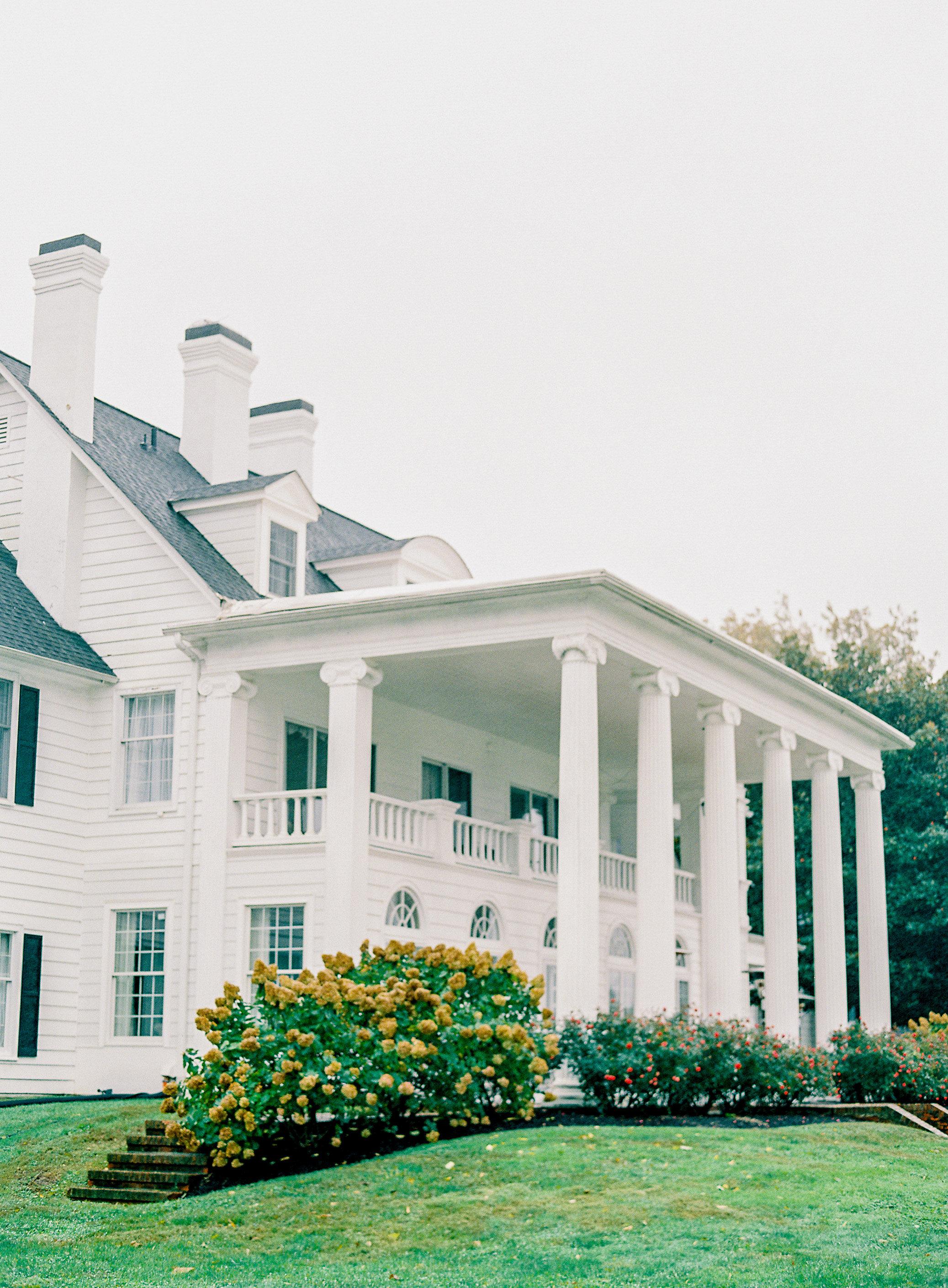 lauren alex wedding venue manor