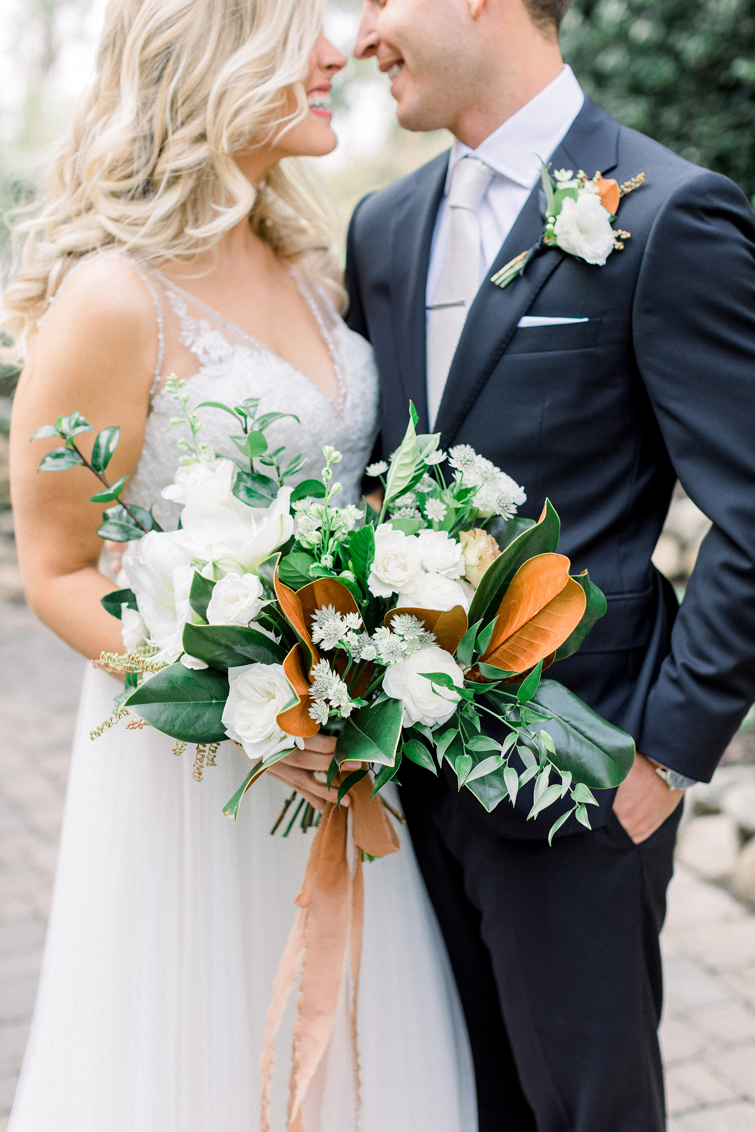 green and orange two-tone wedding bouquet
