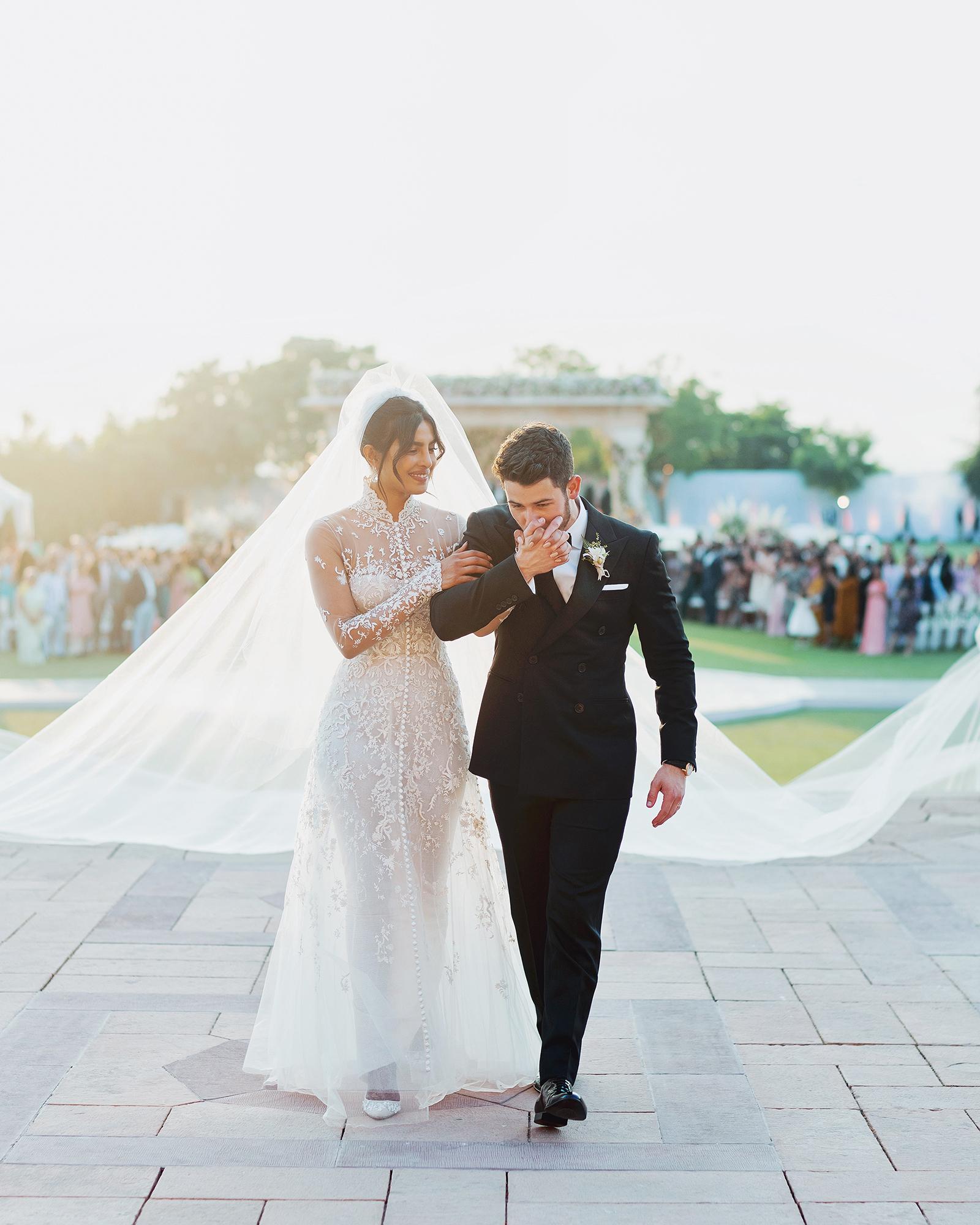 priyanka chopra nick jonas wedding couple
