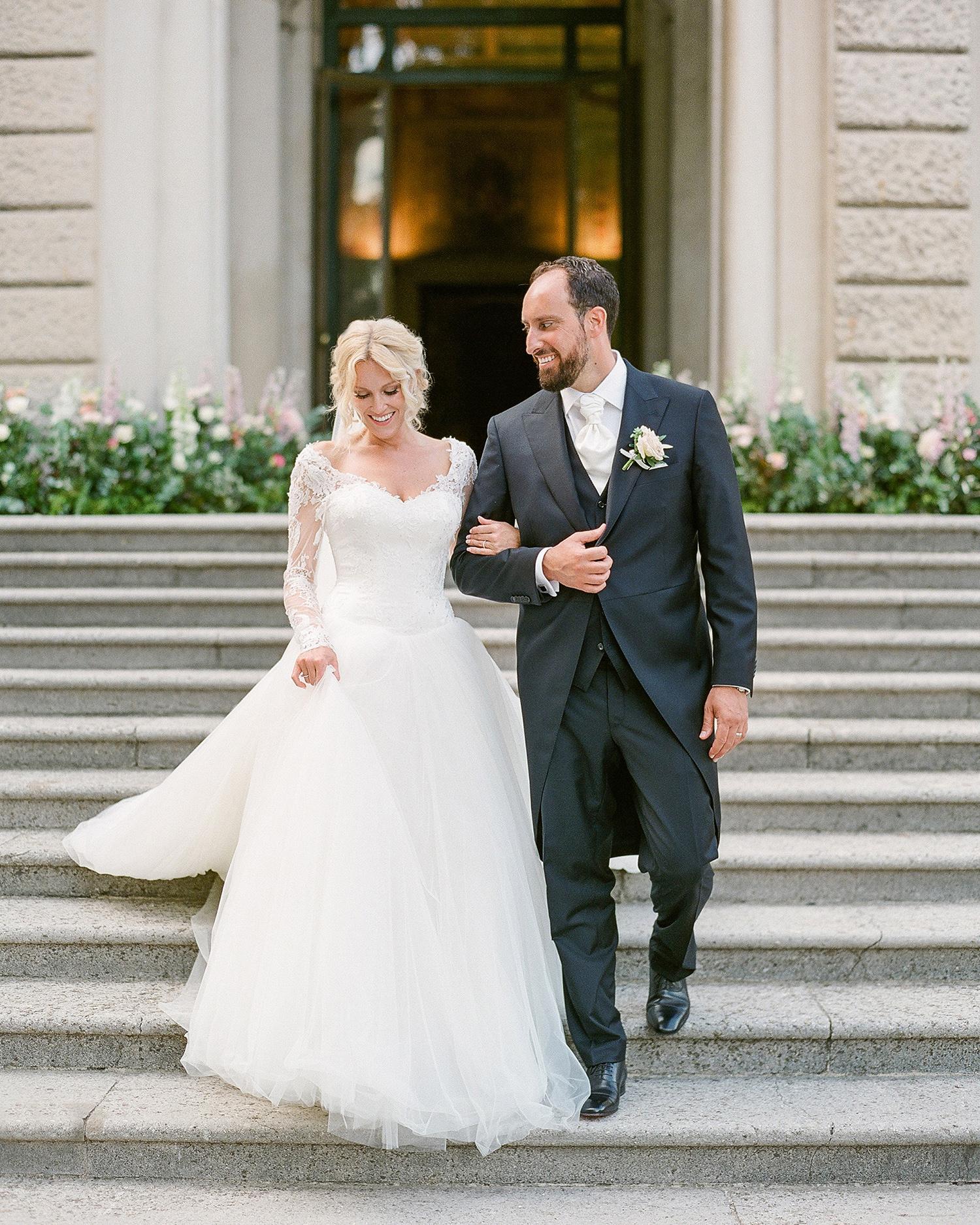 julia mauro wedding couple on steps