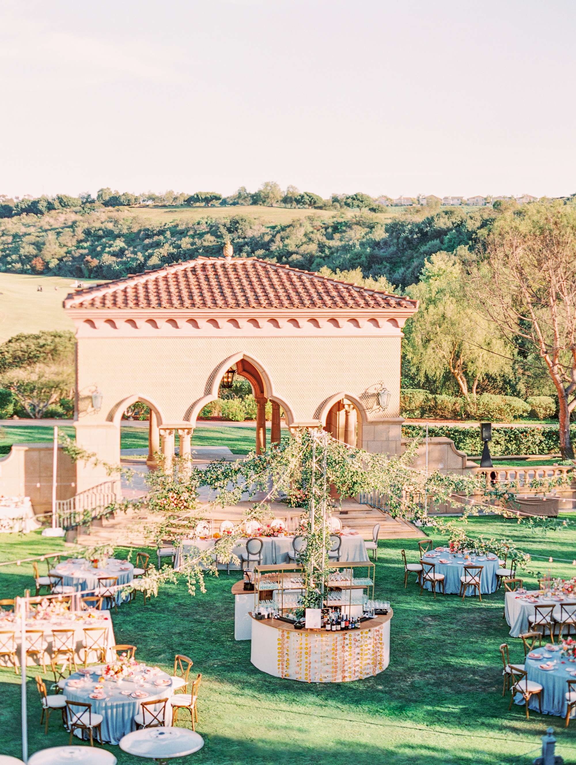 cavin david wedding overview of outdoor reception space