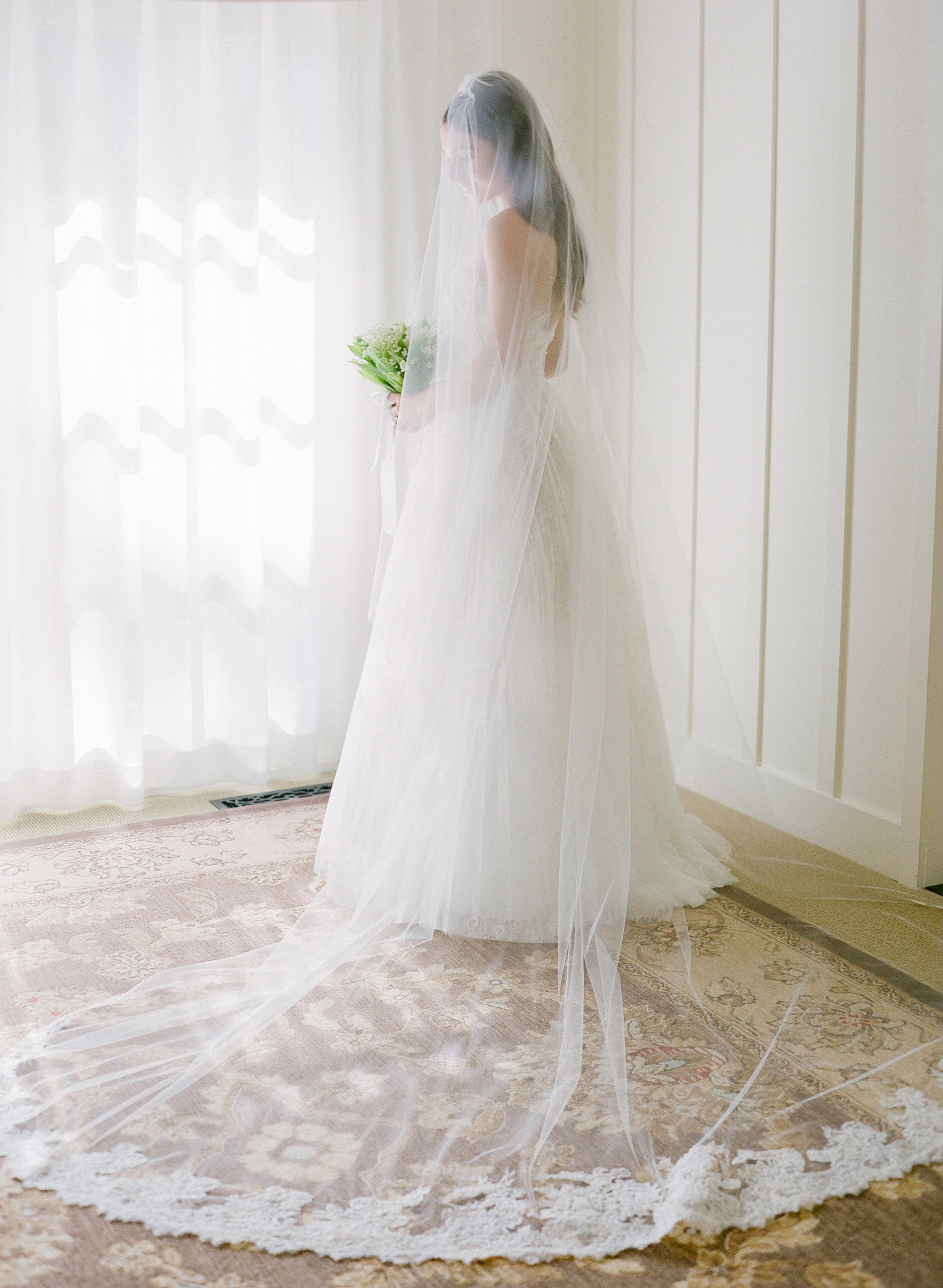 bride wedding dress applique flower tulle skirt