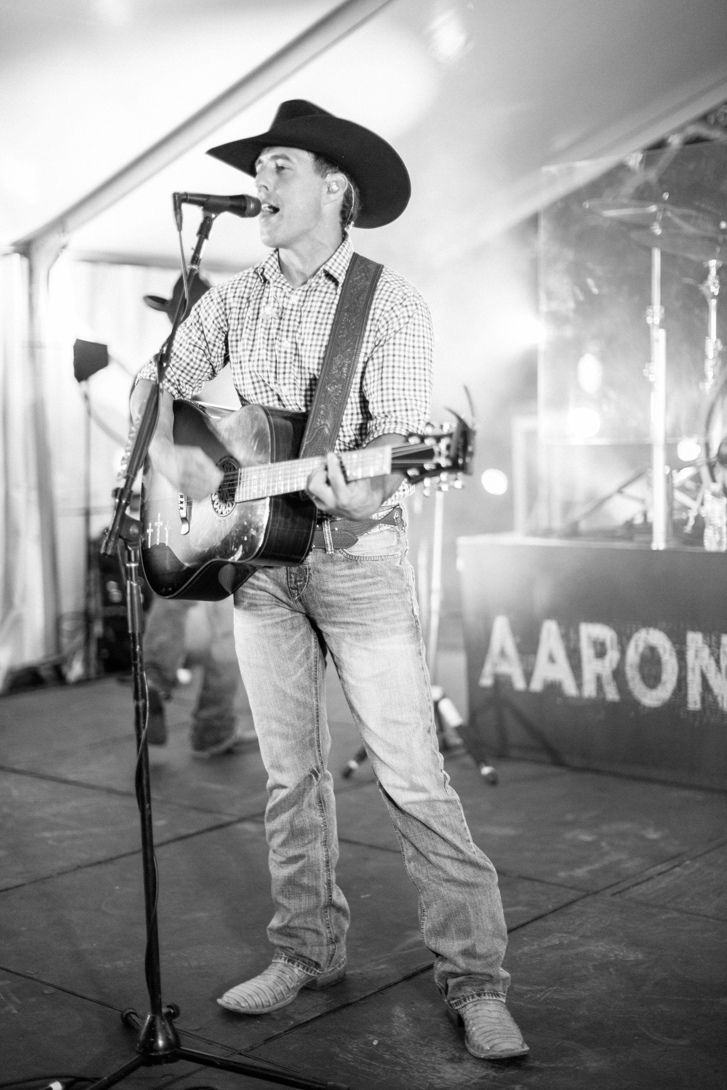 kelsey jacob wedding aaron watson playing guitar singing