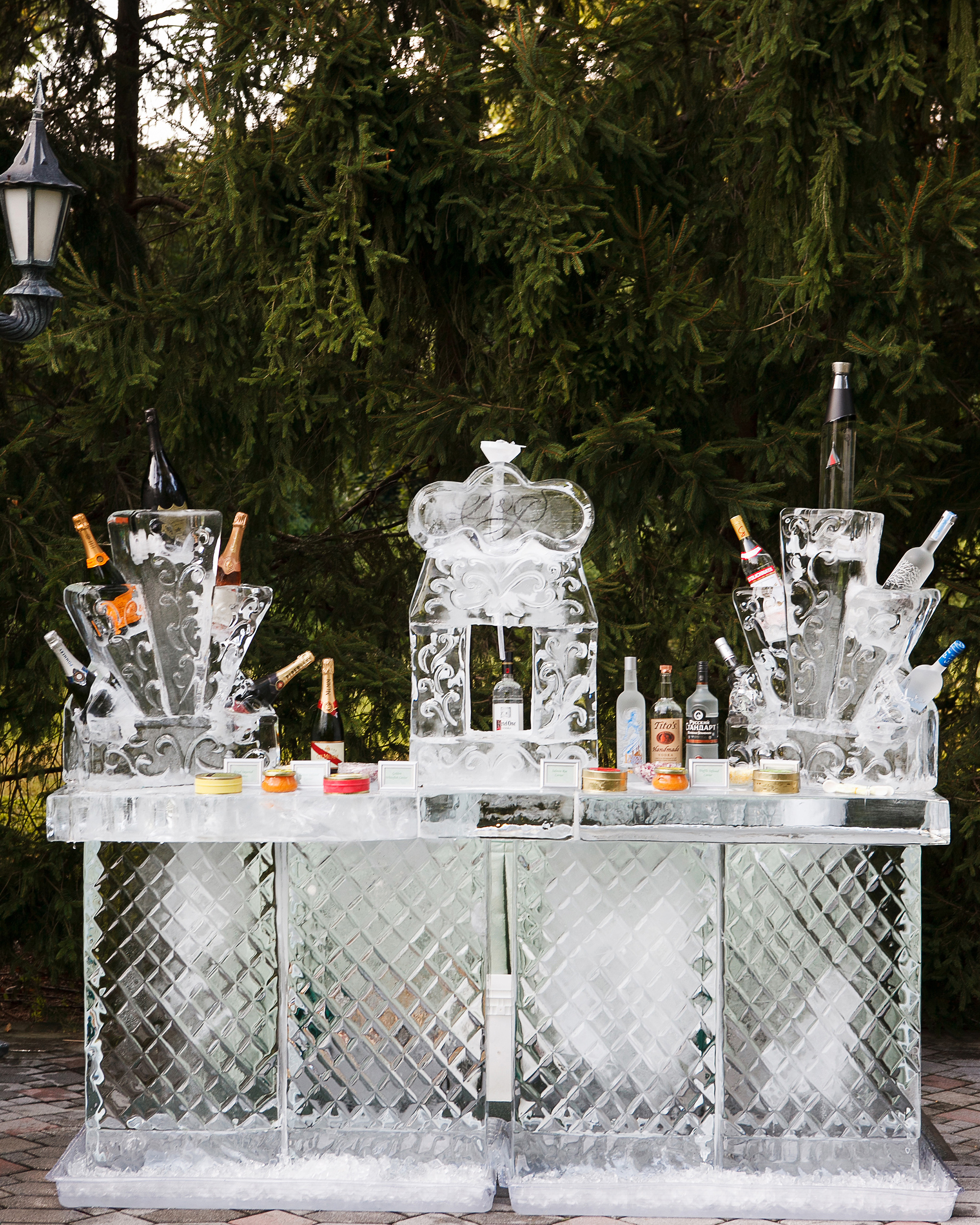 wedding ice sculpture full bar