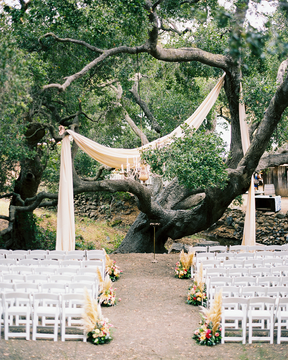 hanging material tree decor