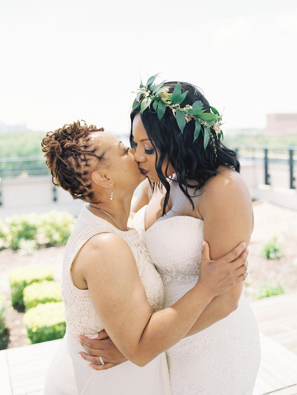 nishea and anthony wedding bride mom