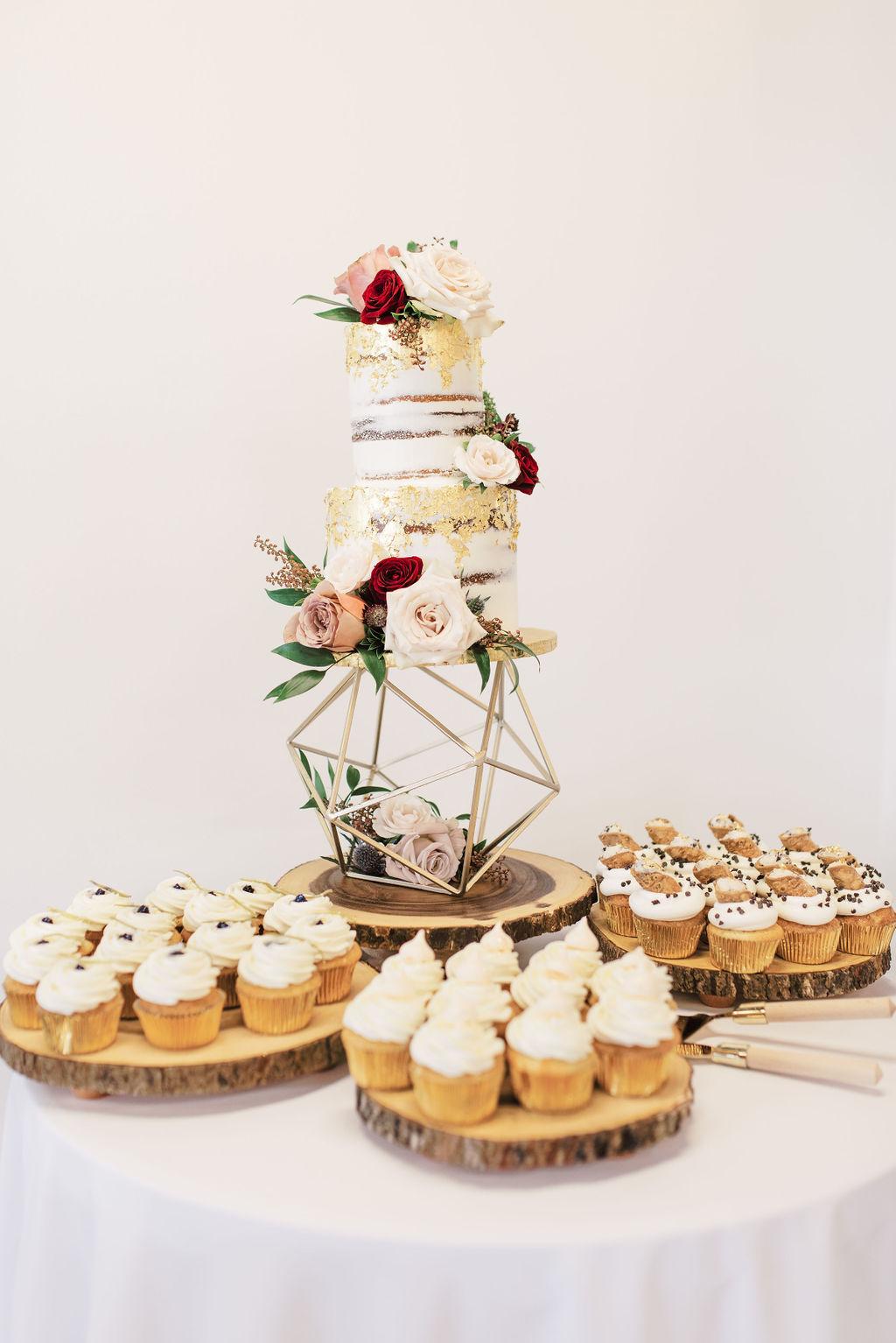 nishea and anthony wedding cake