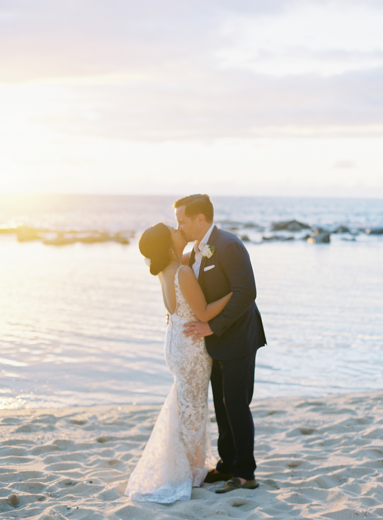 azuki sam wedding golden hour sunset portrait on the beach