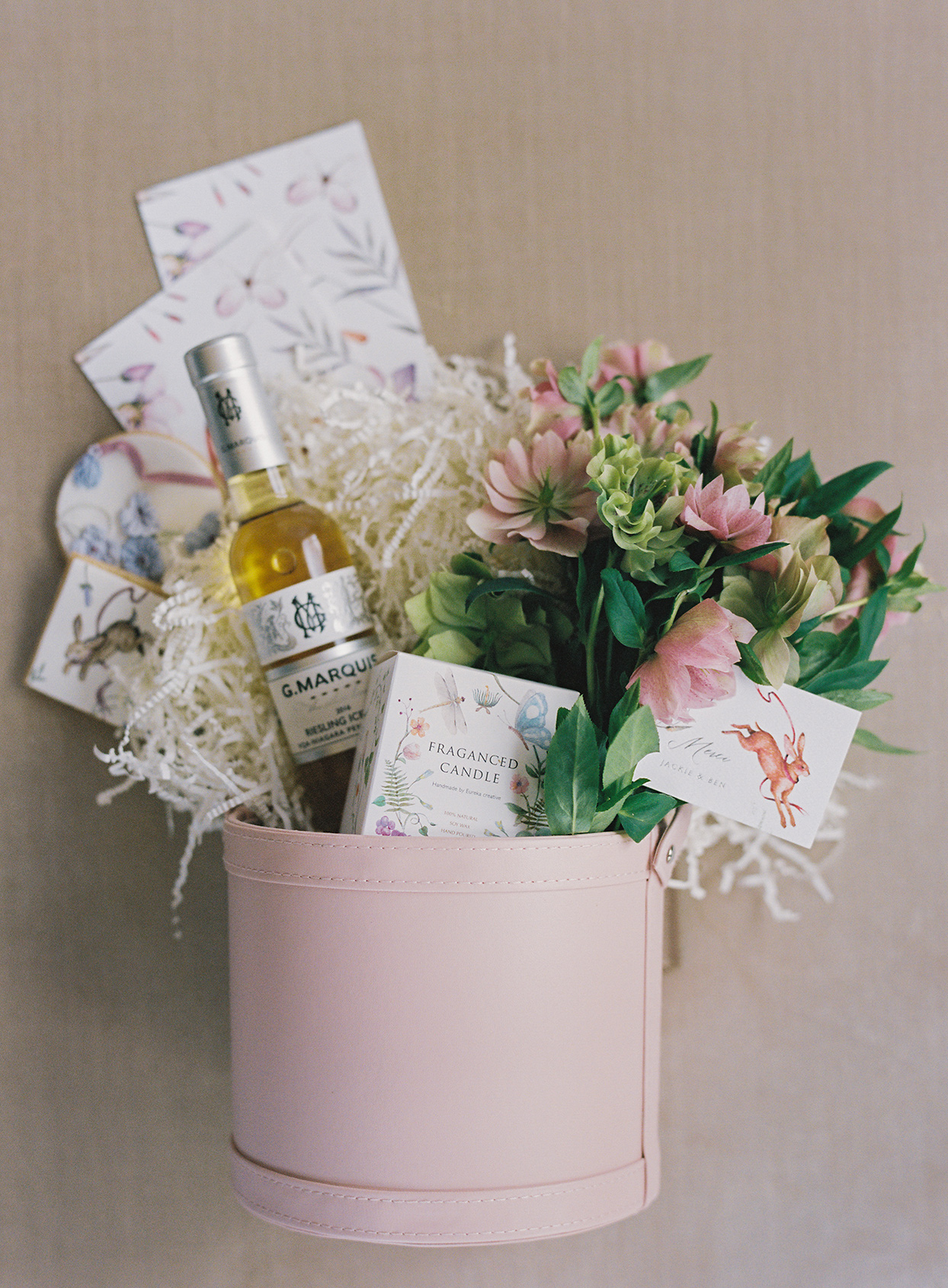 jackie ben wedding favors in pink bucket