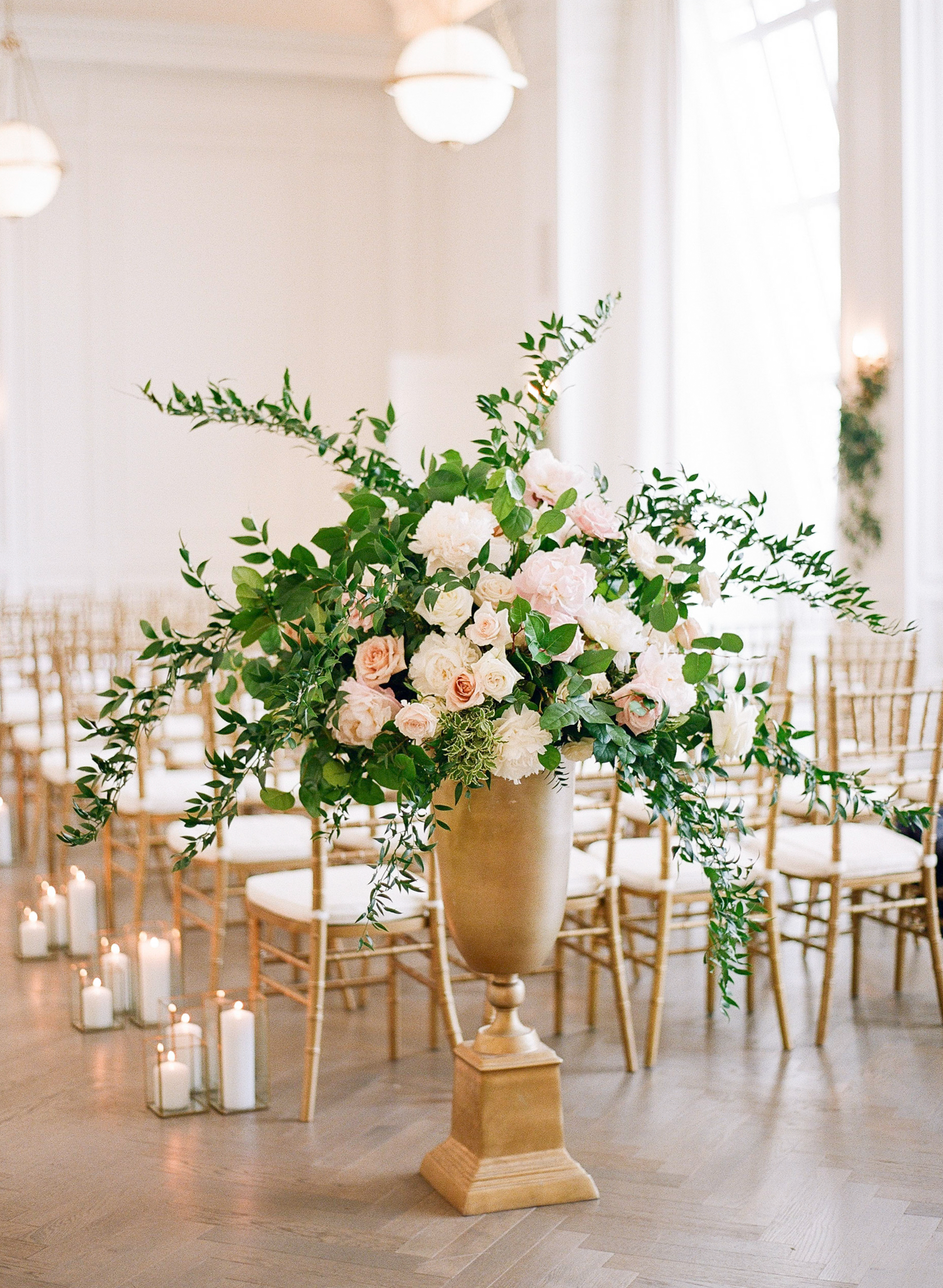olivia collin wedding ceremony floral arrangements