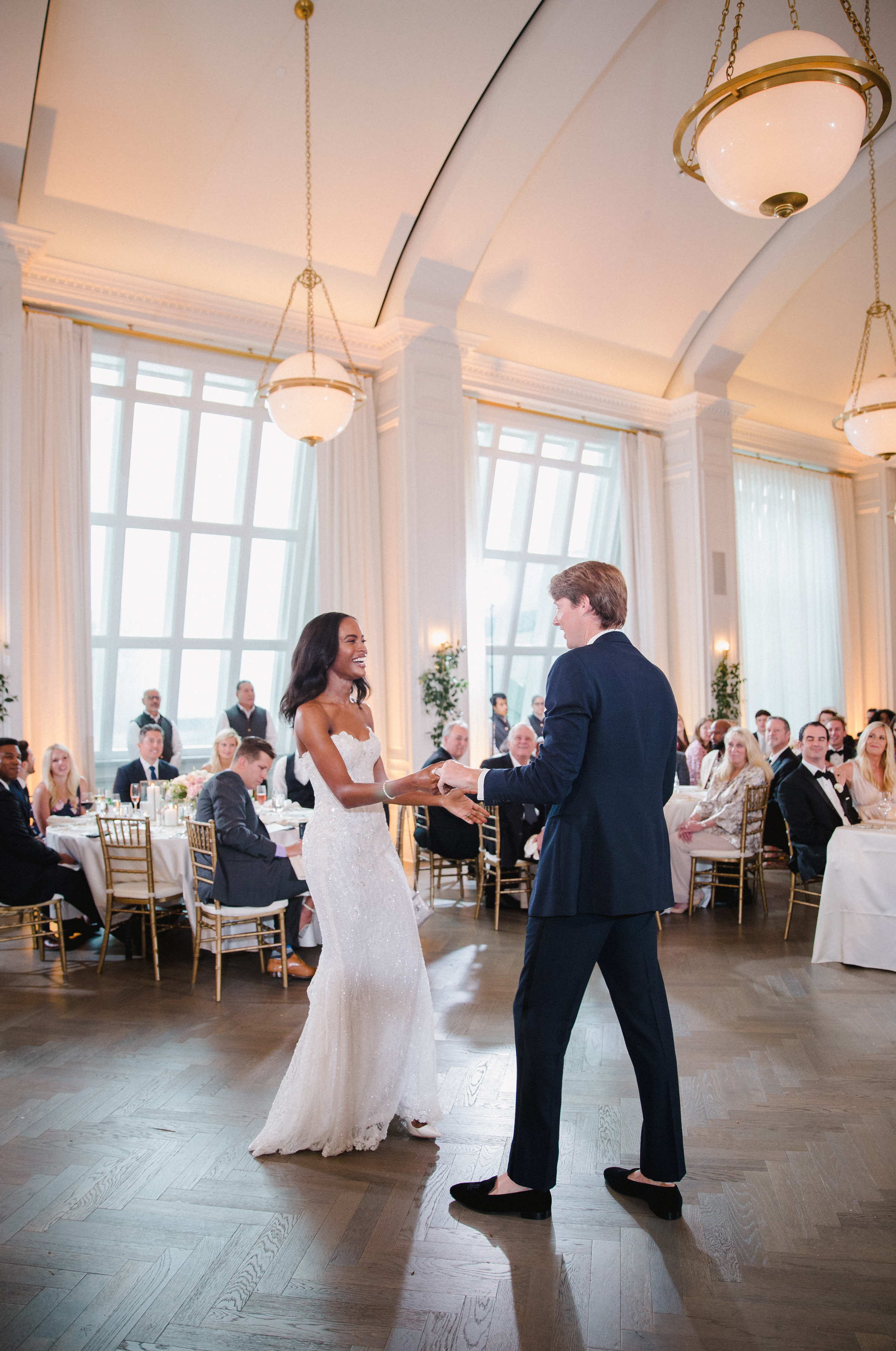 olivia collin wedding couple first dance