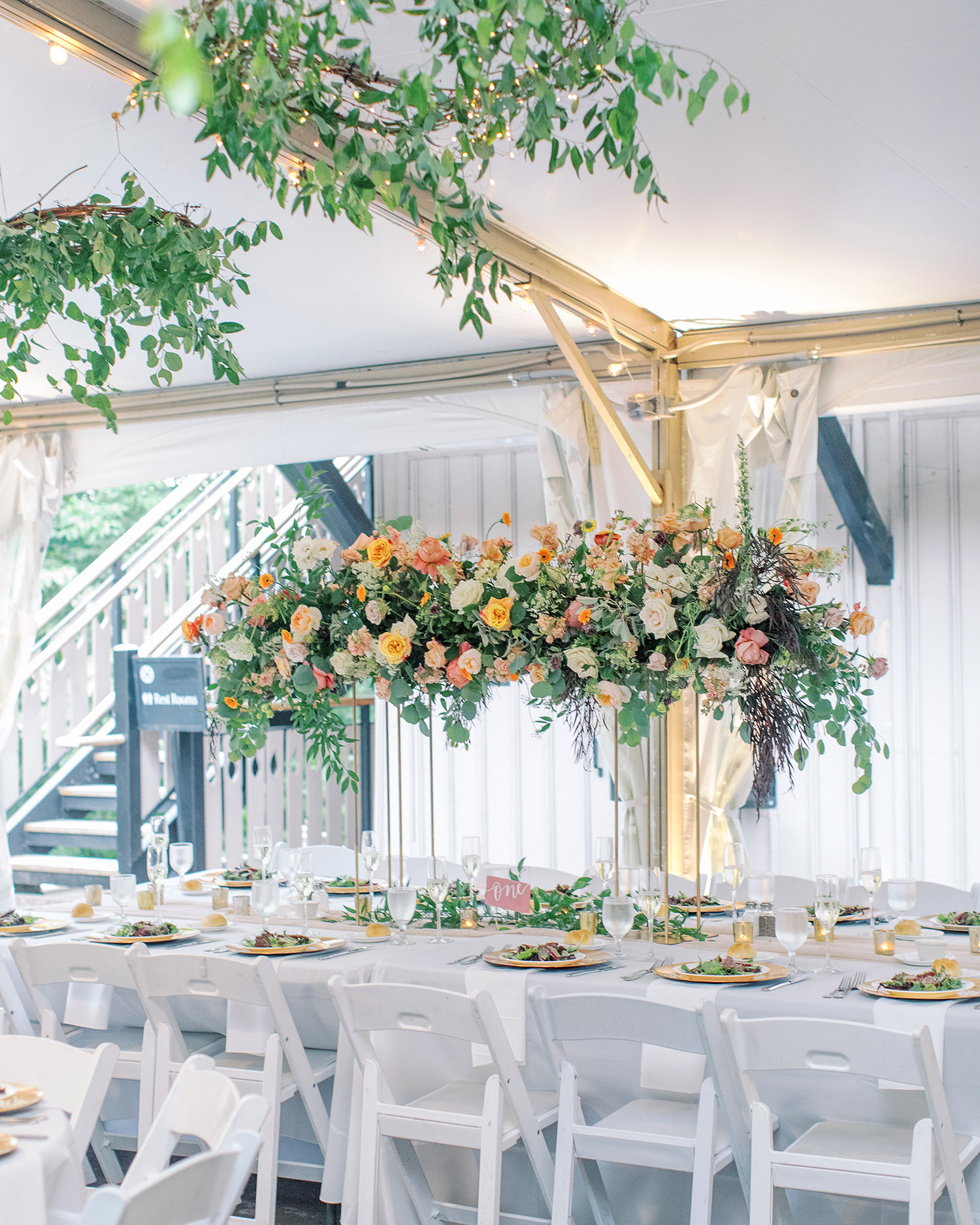 noel mike wedding reception table